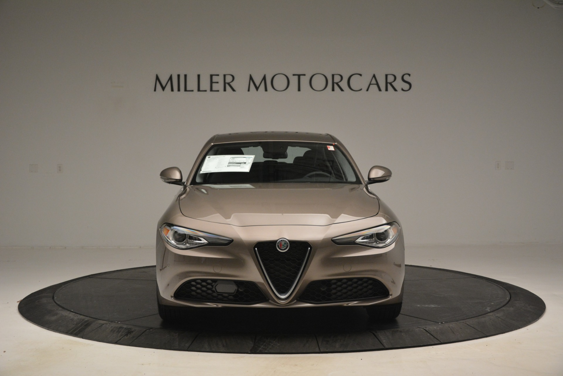 New 2019 Alfa Romeo Giulia Q4 For Sale In Greenwich, CT 2947_p14