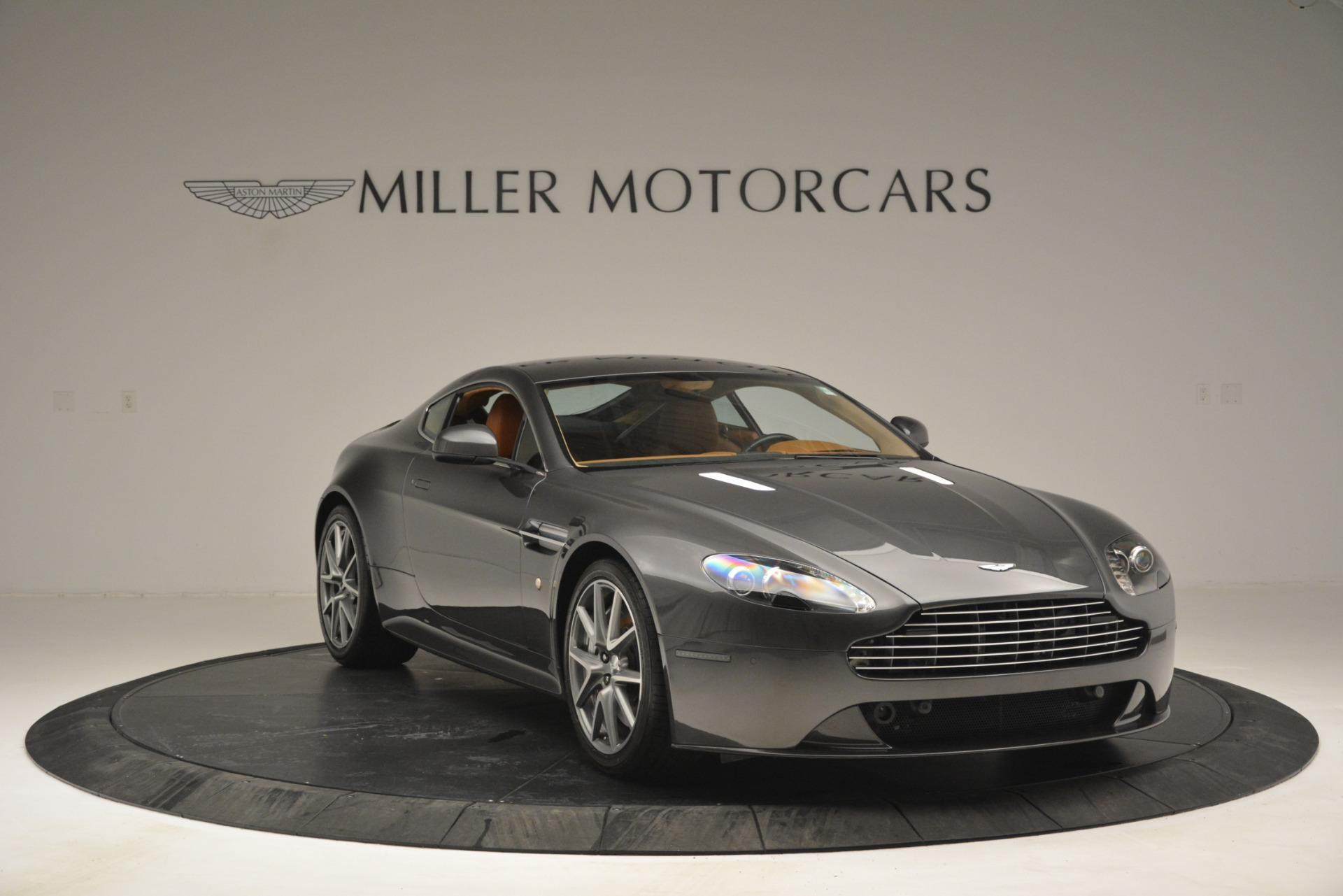 Used 2012 Aston Martin V8 Vantage S Coupe For Sale In Greenwich, CT 2951_p11
