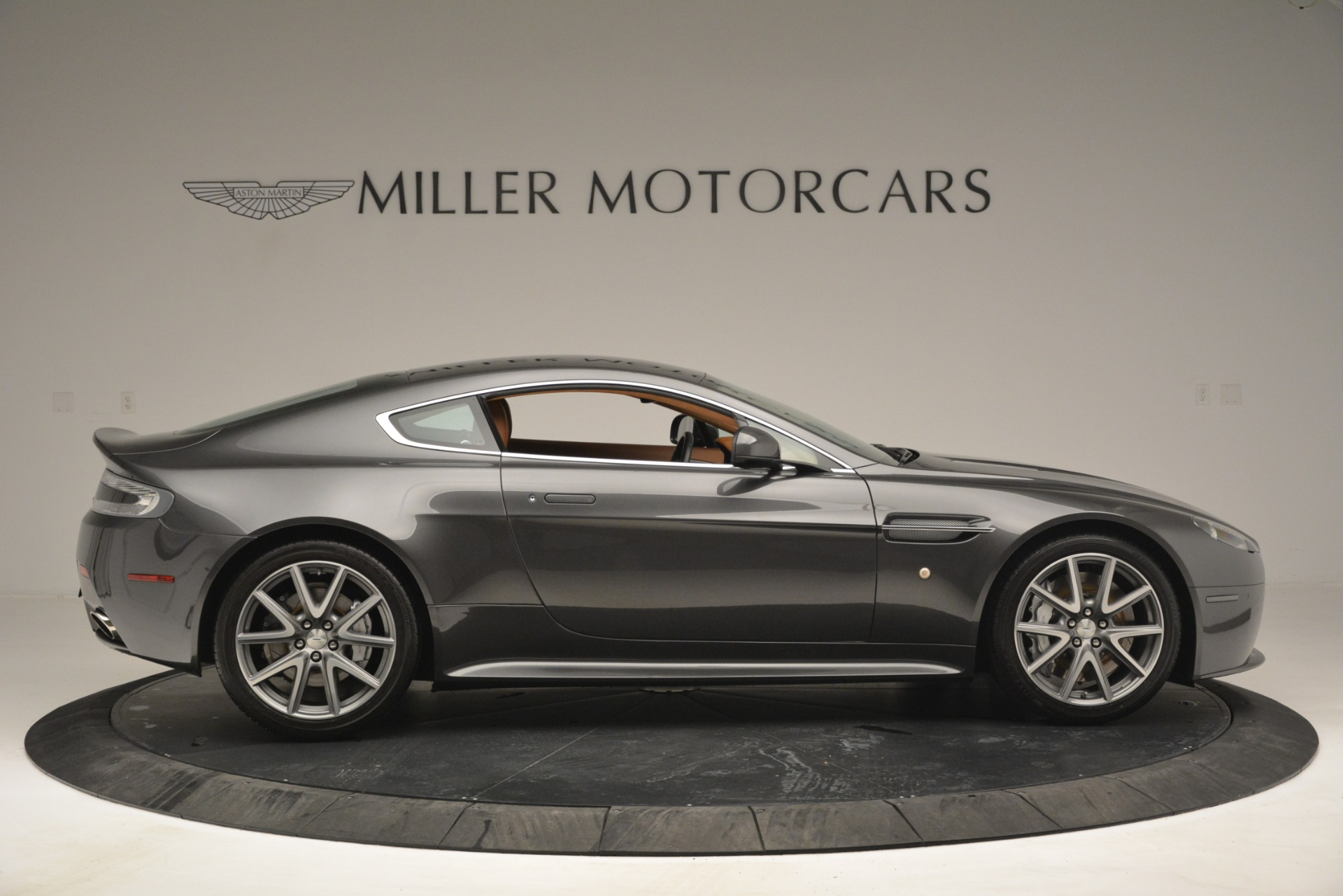 Used 2012 Aston Martin V8 Vantage S Coupe For Sale In Greenwich, CT 2951_p9