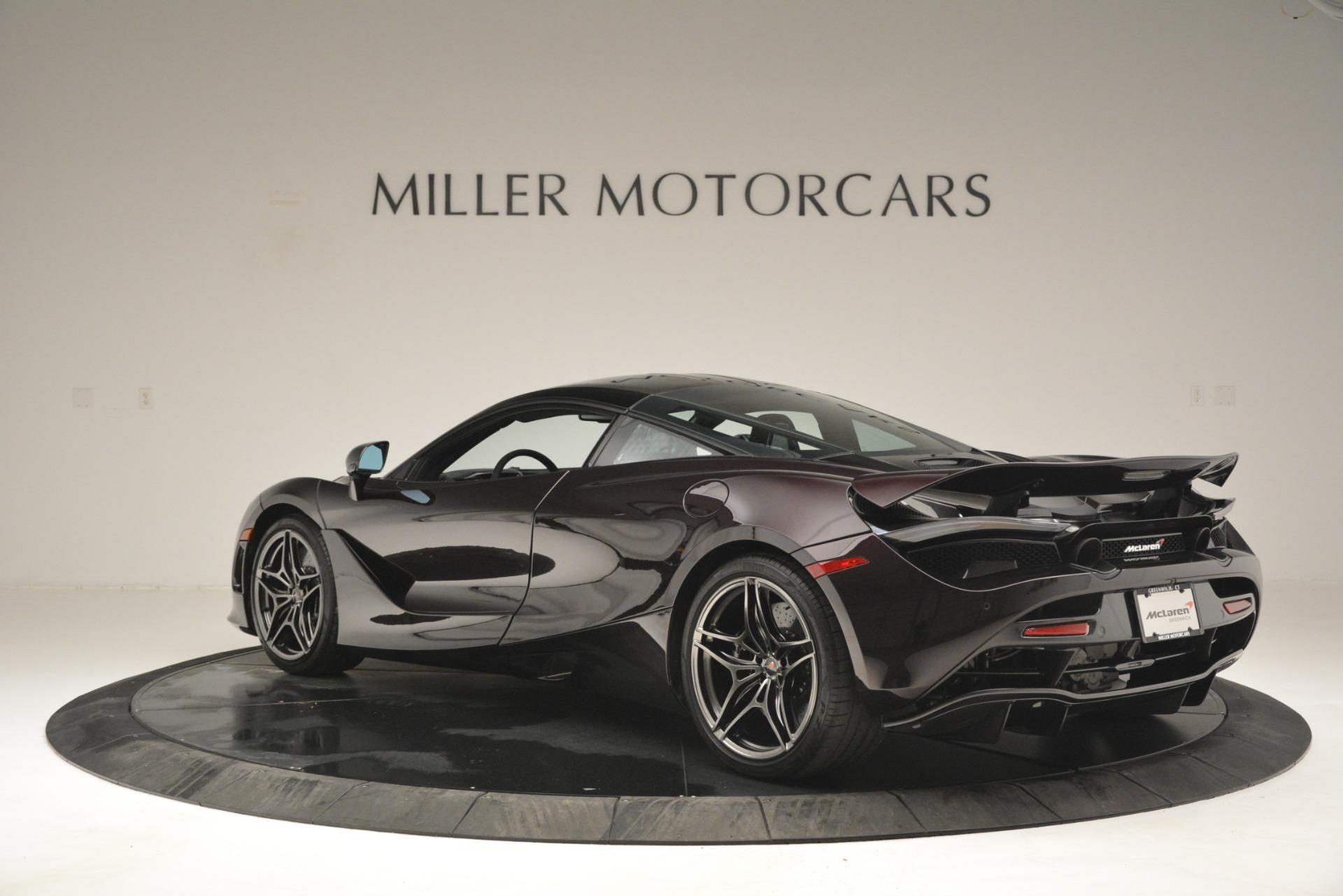 Used 2018 McLaren 720S Coupe For Sale In Greenwich, CT 2952_p4