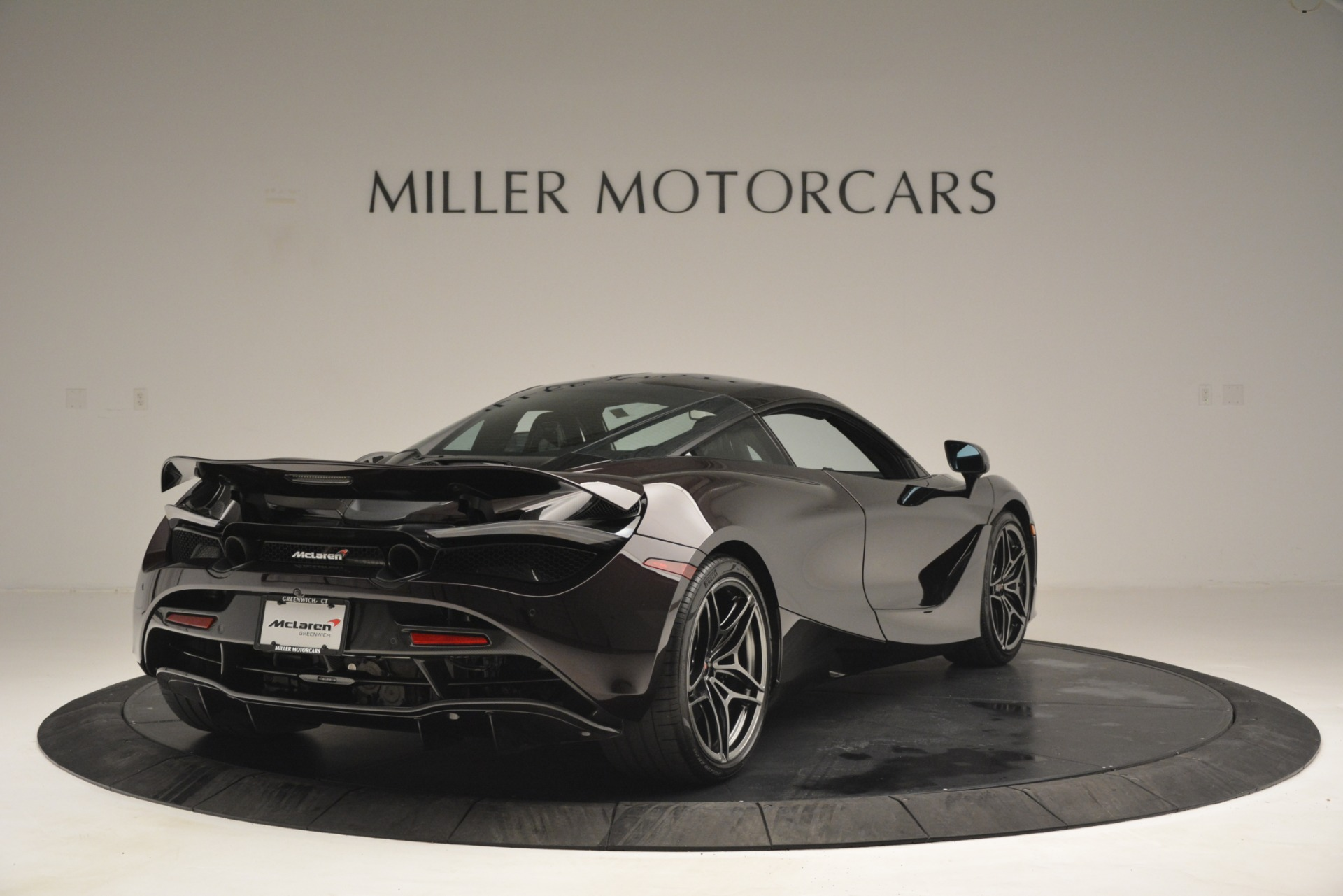 Used 2018 McLaren 720S Coupe For Sale In Greenwich, CT 2952_p7