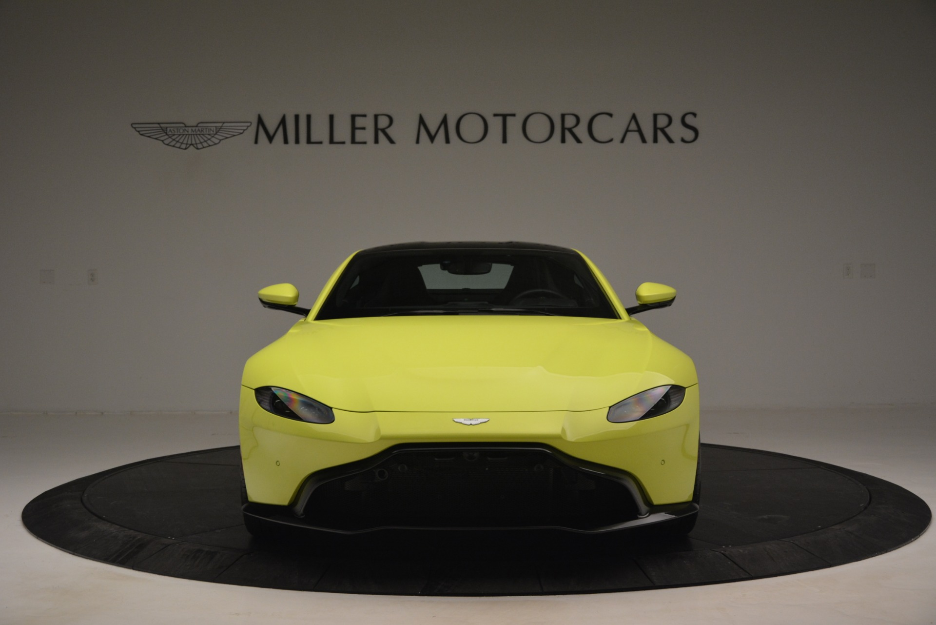 Used 2019 Aston Martin Vantage  For Sale In Greenwich, CT 2958_p12