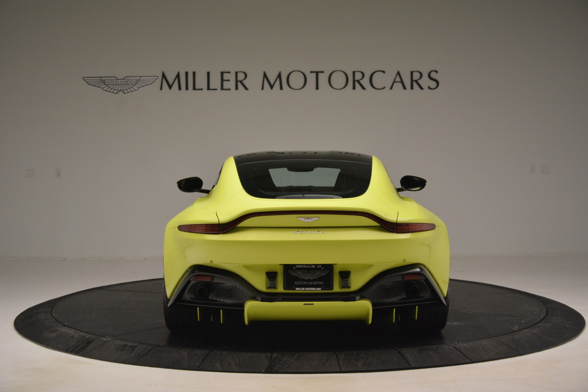 Used 2019 Aston Martin Vantage  For Sale In Greenwich, CT 2958_p6