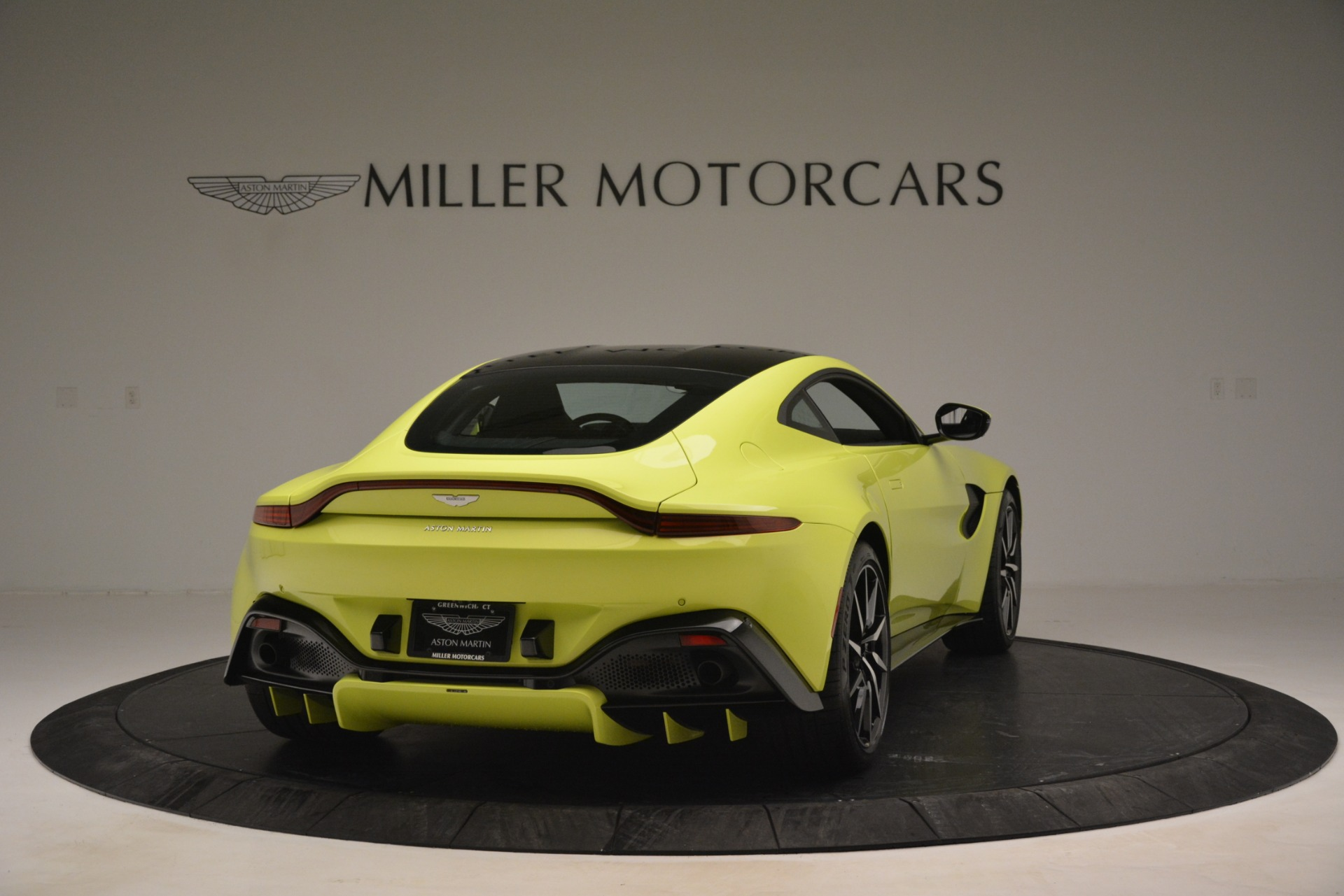 Used 2019 Aston Martin Vantage  For Sale In Greenwich, CT 2958_p7