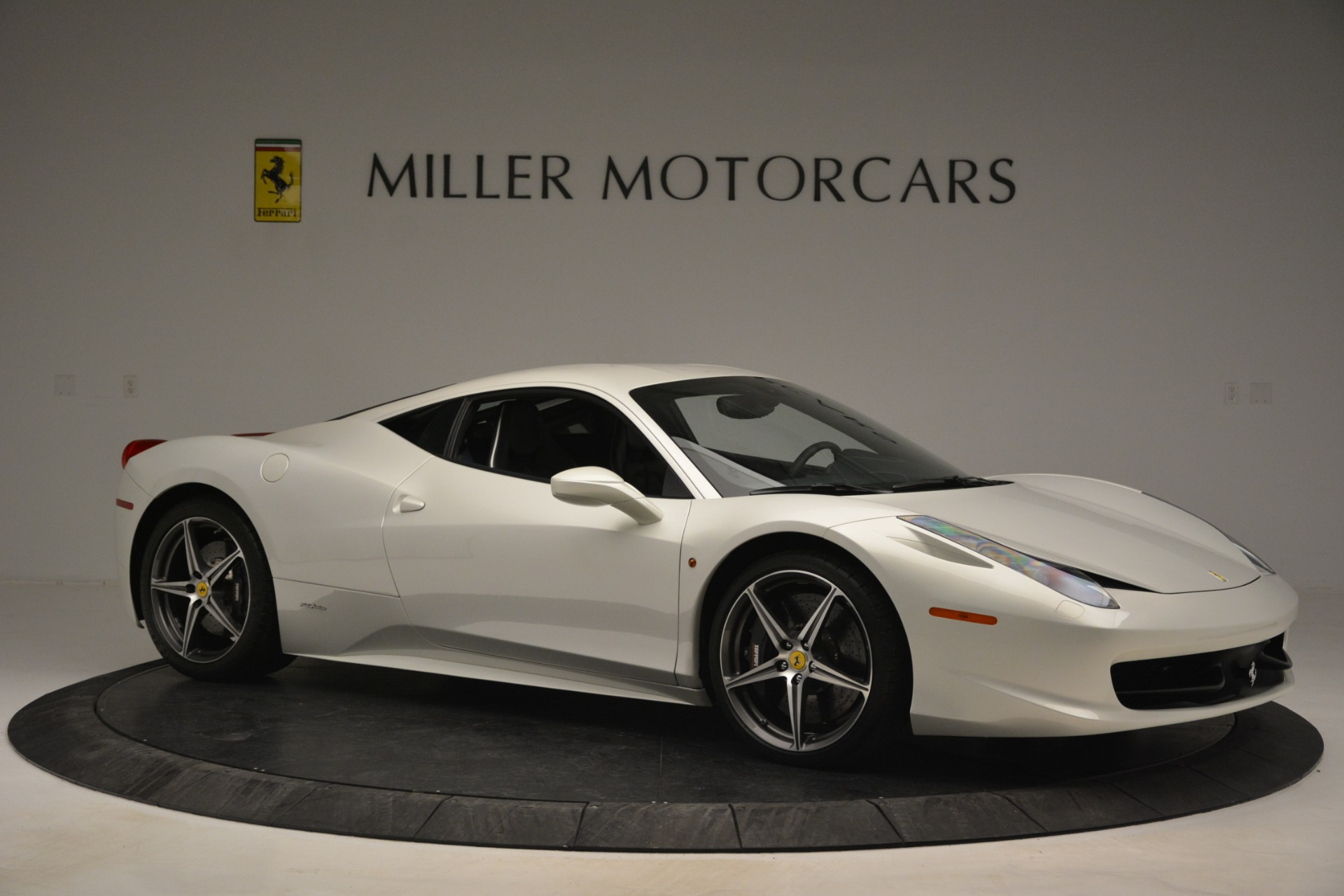Used 2014 Ferrari 458 Italia  For Sale In Greenwich, CT 2959_p10