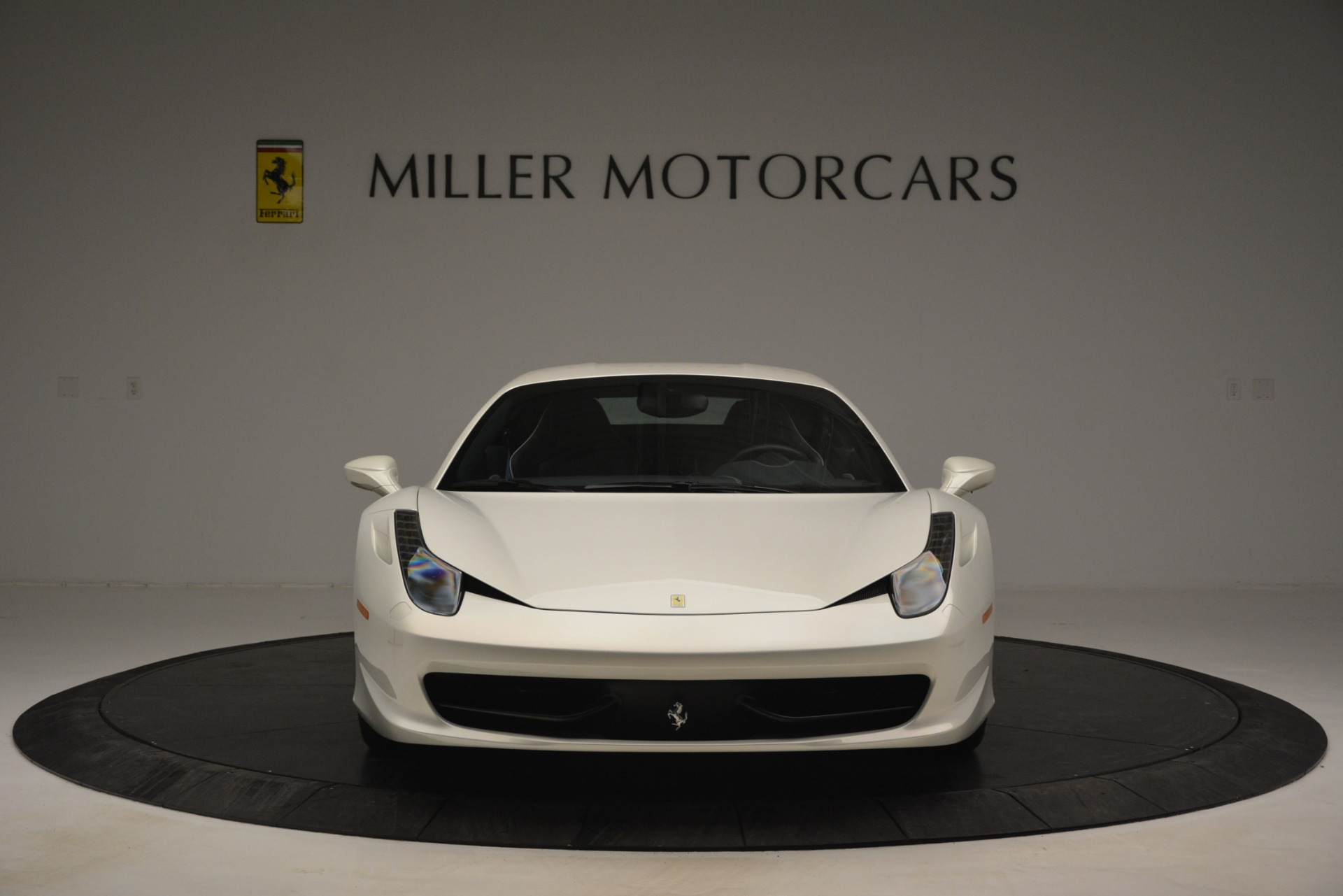 Used 2014 Ferrari 458 Italia  For Sale In Greenwich, CT 2959_p12