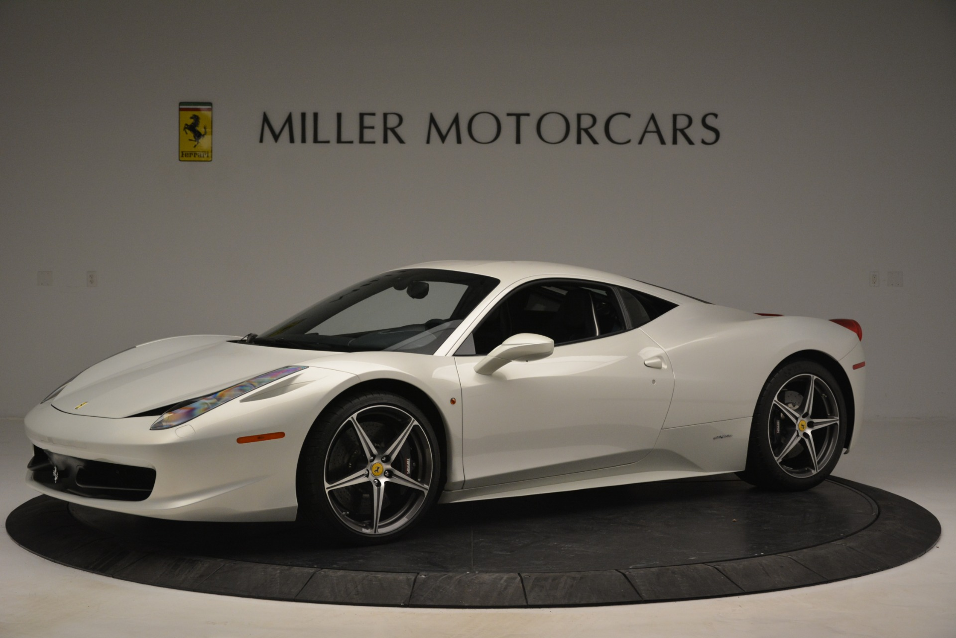 Used 2014 Ferrari 458 Italia  For Sale In Greenwich, CT 2959_p2