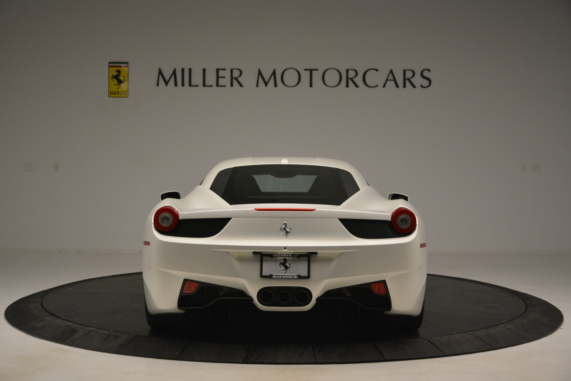 Used 2014 Ferrari 458 Italia  For Sale In Greenwich, CT 2959_p6