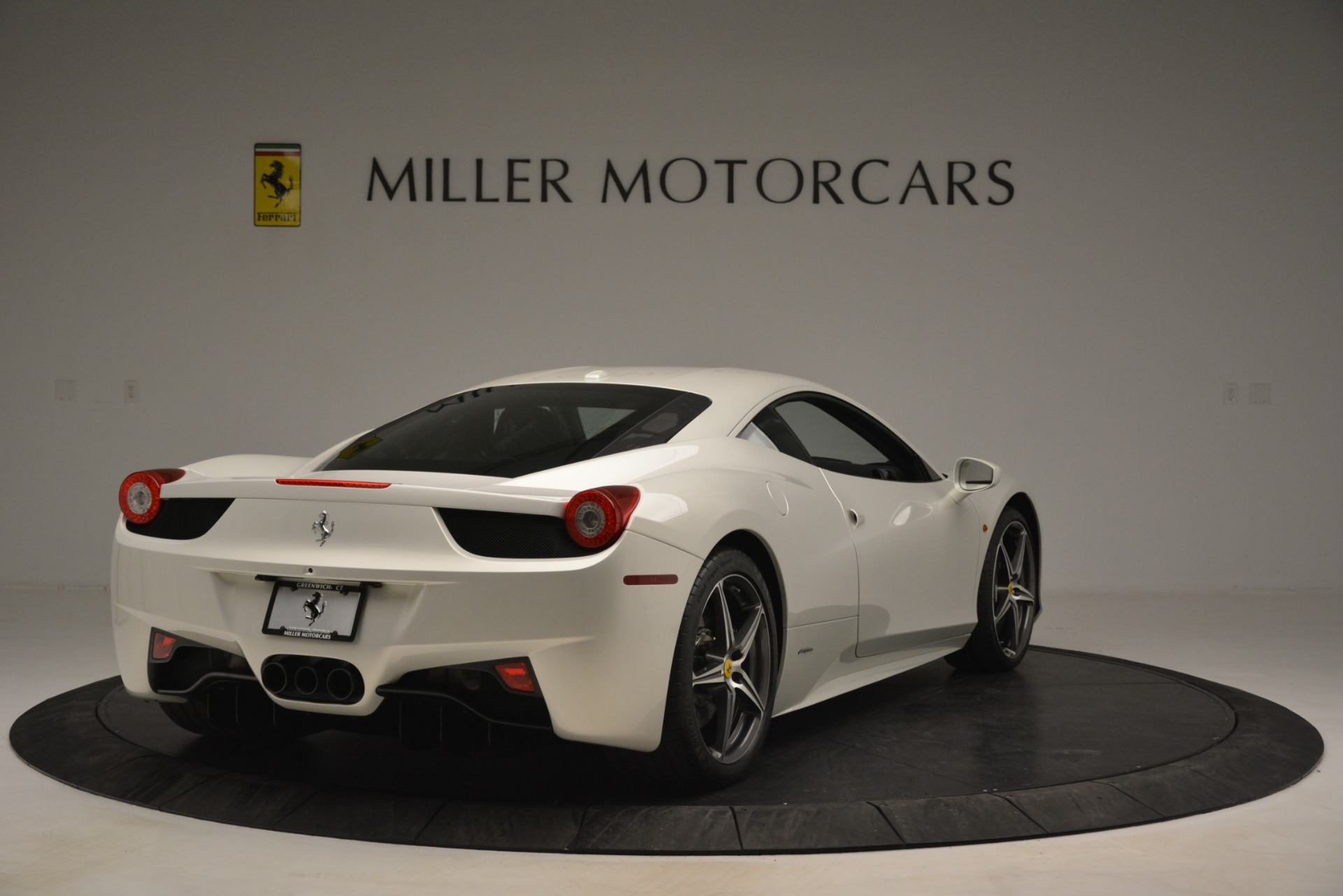 Used 2014 Ferrari 458 Italia  For Sale In Greenwich, CT 2959_p7