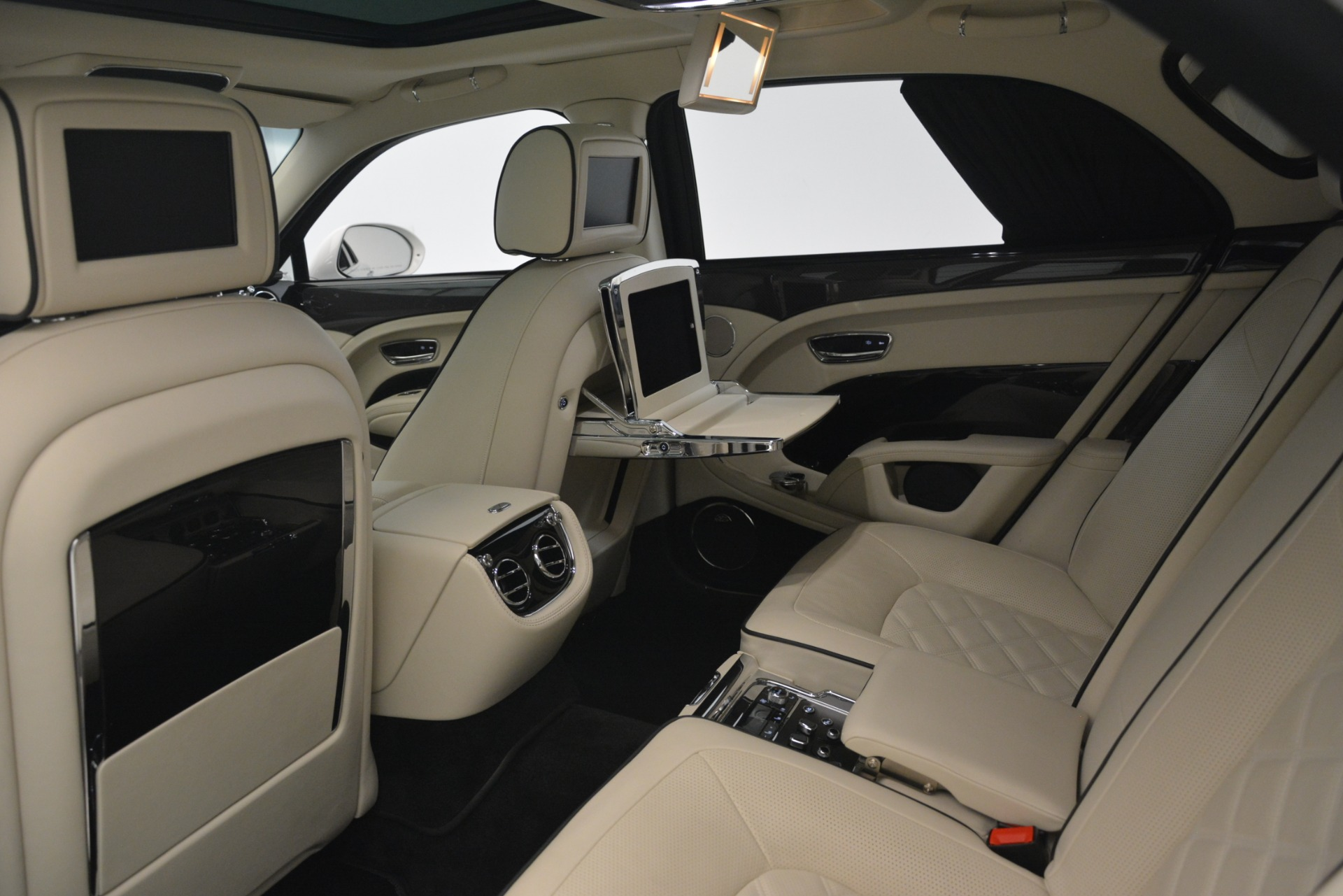 Used 2016 Bentley Mulsanne Speed For Sale In Greenwich, CT 2960_p26