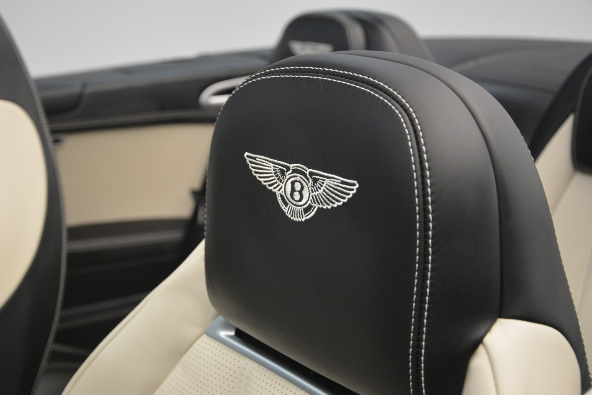 Used 2014 Bentley Continental GT V8 For Sale In Greenwich, CT 2961_p28