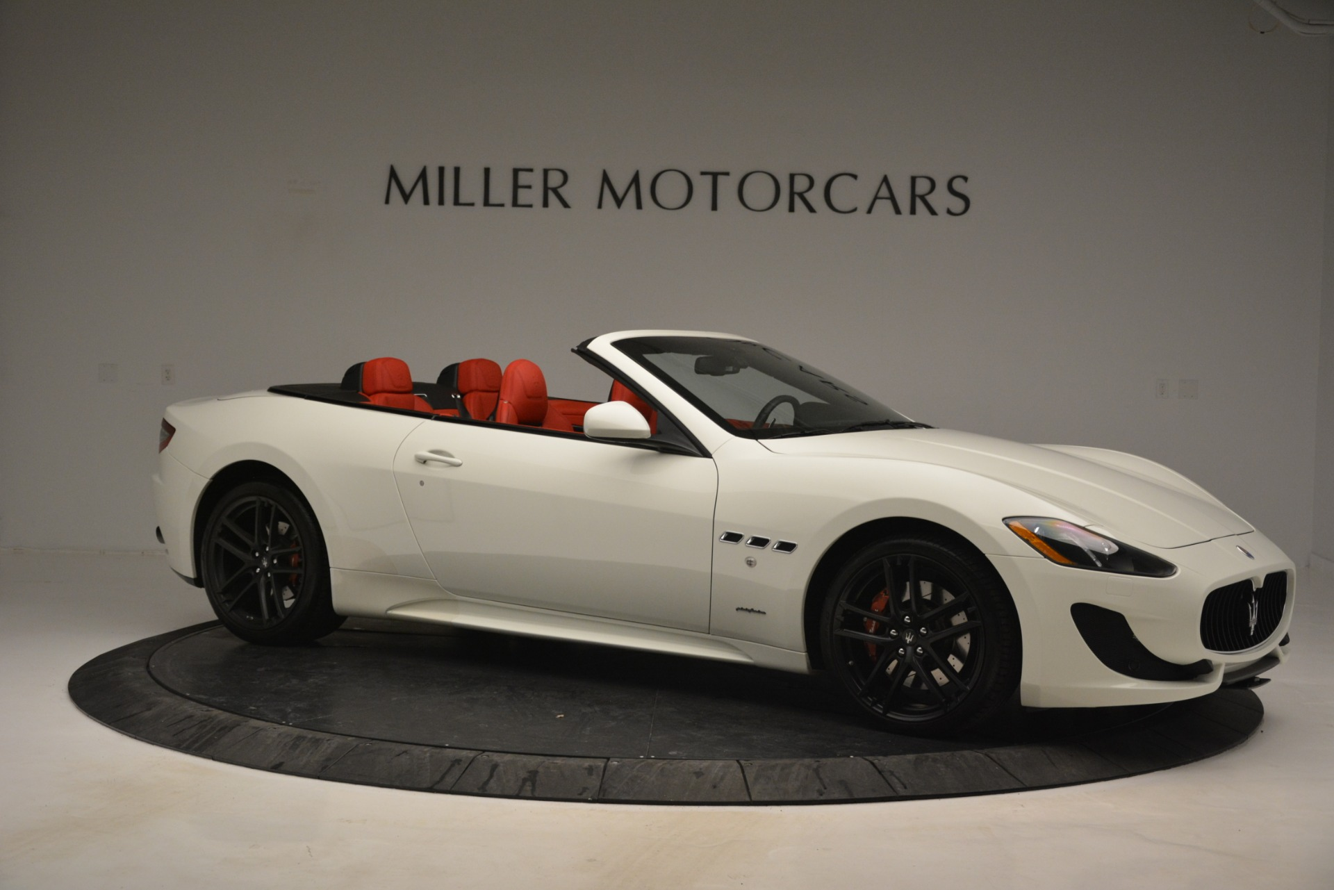 Used 2017 Maserati GranTurismo Sport For Sale In Greenwich, CT 2962_p10