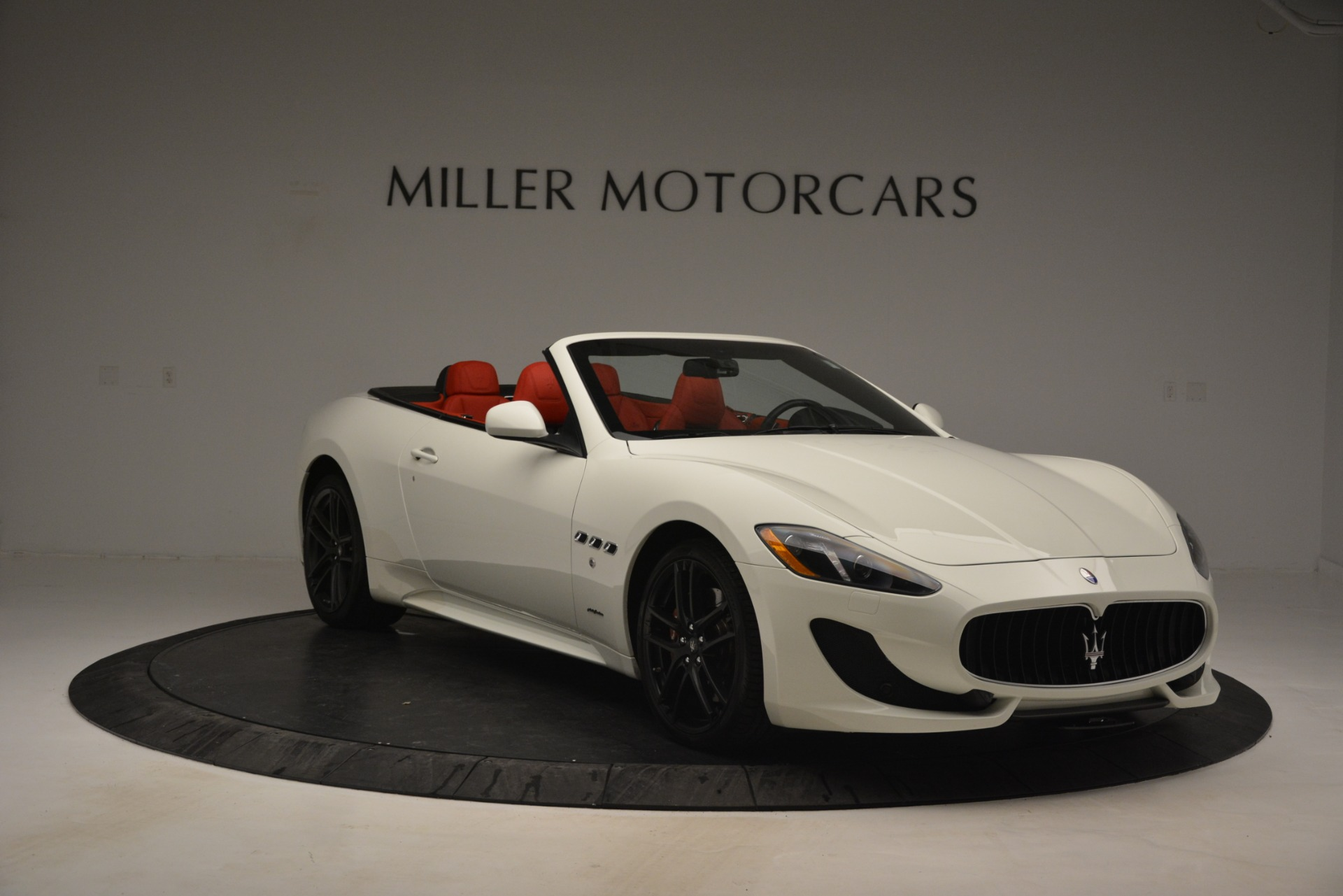 Used 2017 Maserati GranTurismo Sport For Sale In Greenwich, CT 2962_p11