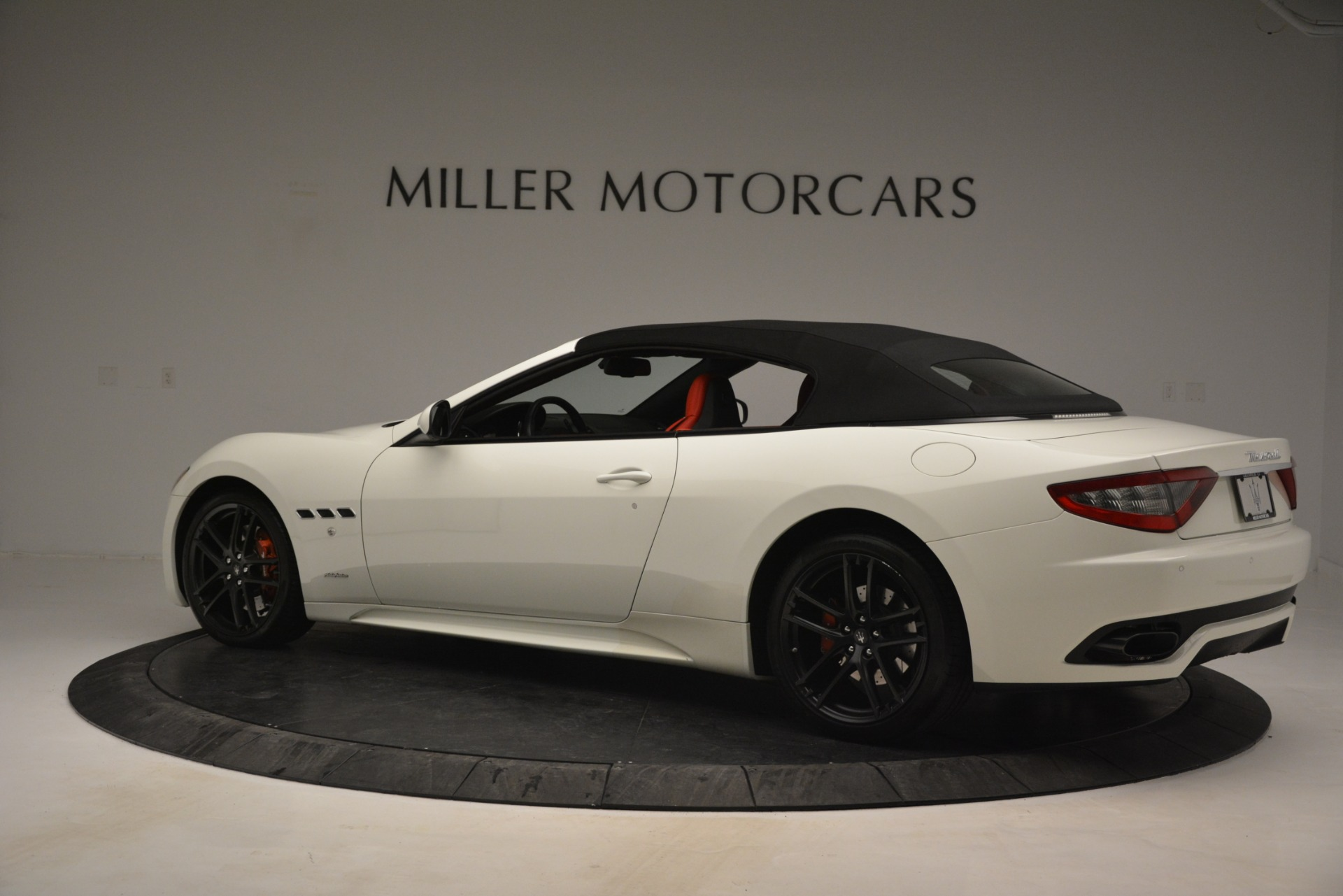 Used 2017 Maserati GranTurismo Sport For Sale In Greenwich, CT 2962_p16