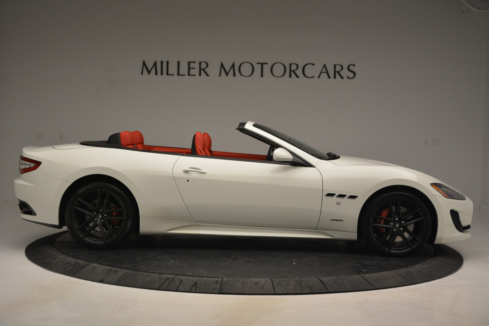 Used 2017 Maserati GranTurismo Sport For Sale In Greenwich, CT 2962_p9