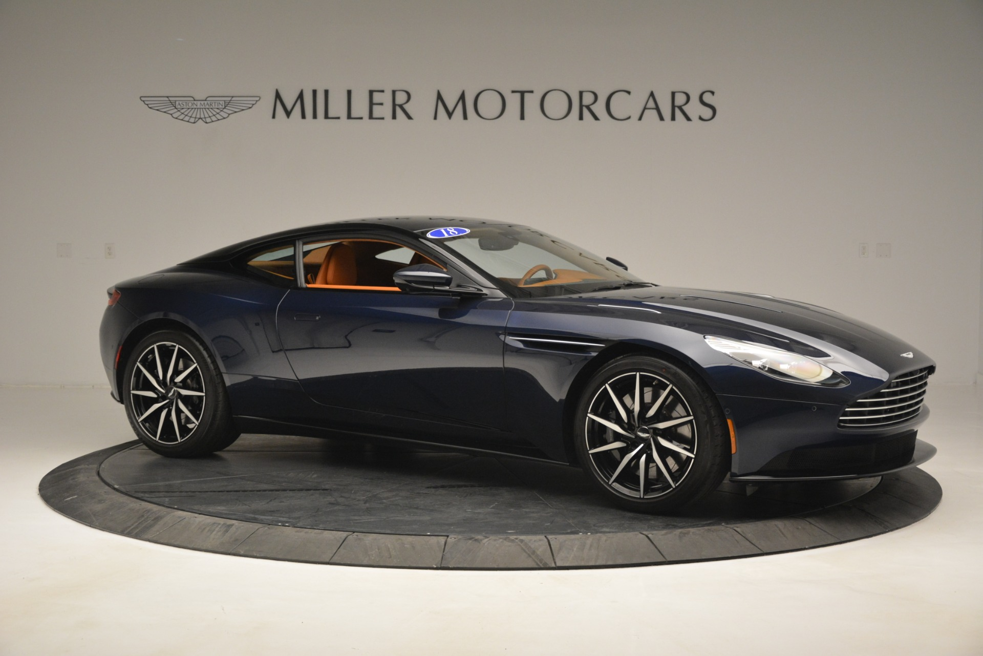 Used 2018 Aston Martin DB11 V12 Coupe For Sale In Greenwich, CT 2969_p10