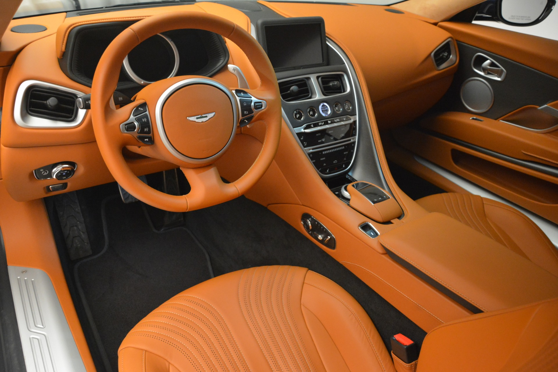 Used 2018 Aston Martin DB11 V12 Coupe For Sale In Greenwich, CT 2969_p14