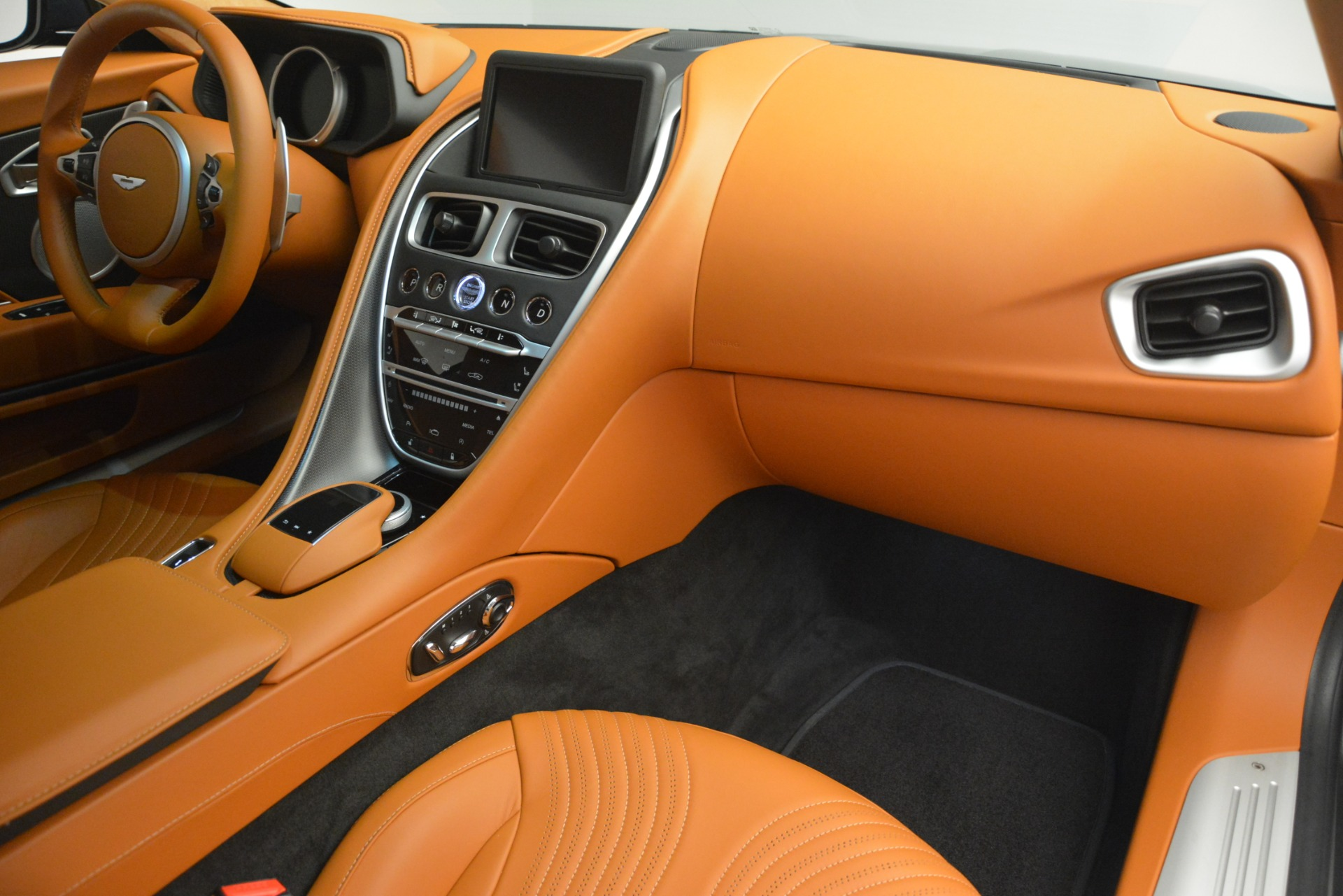 Used 2018 Aston Martin DB11 V12 Coupe For Sale In Greenwich, CT 2969_p20