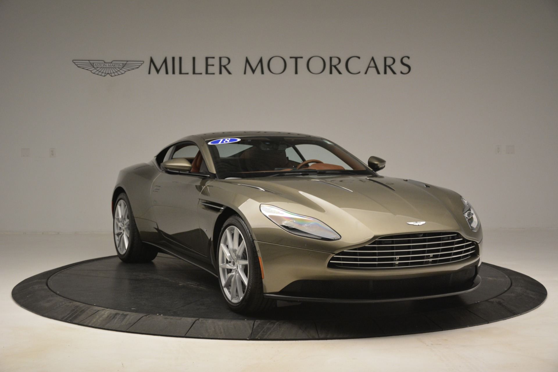Used 2018 Aston Martin DB11 V12 Coupe For Sale In Greenwich, CT 2970_p11