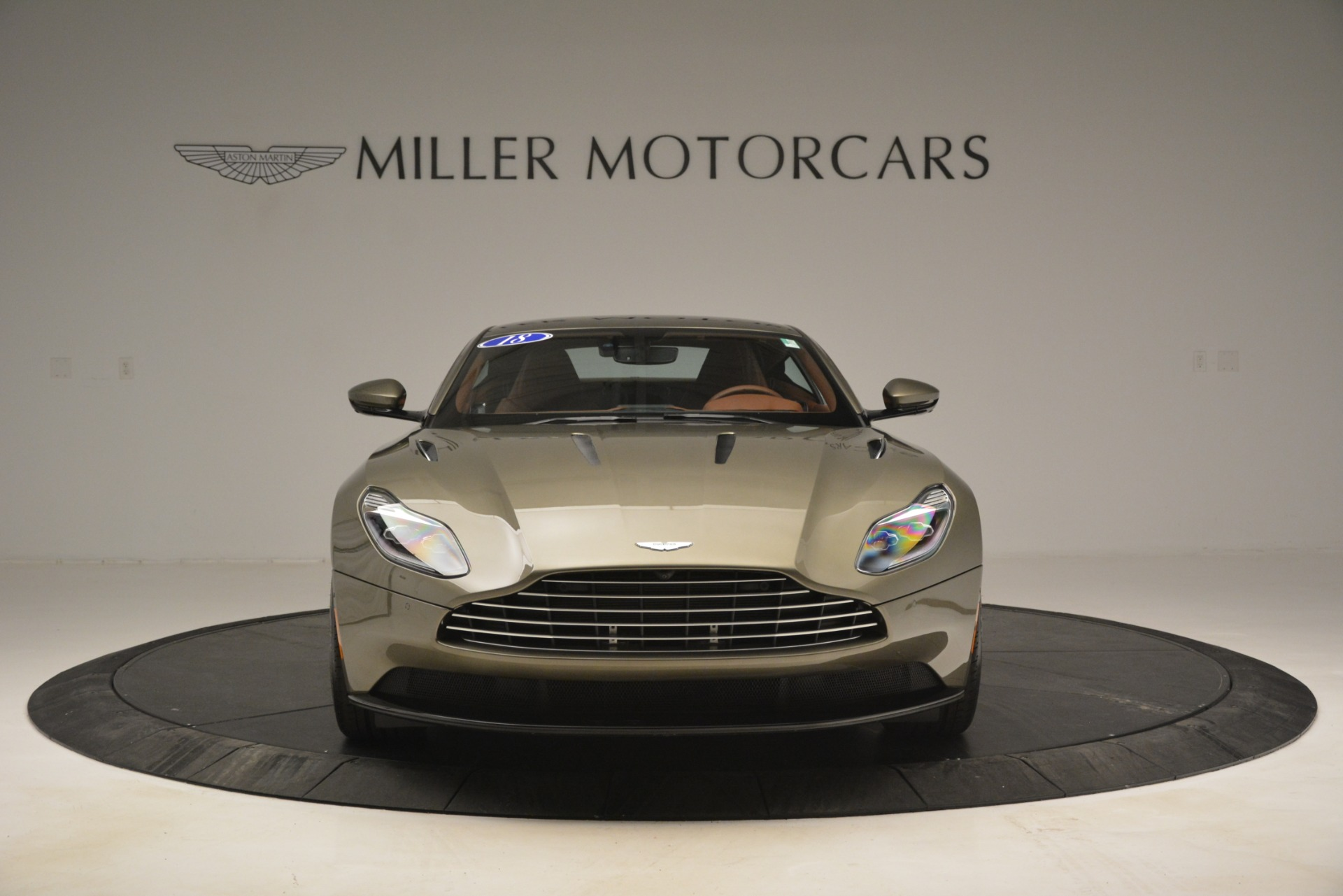 Used 2018 Aston Martin DB11 V12 Coupe For Sale In Greenwich, CT 2970_p12