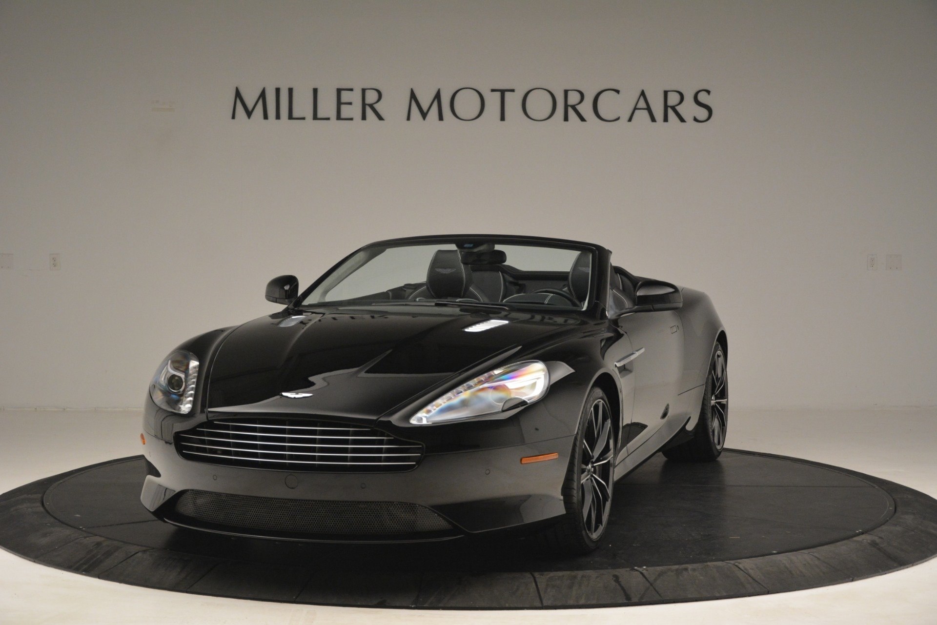 Used 2016 Aston Martin DB9 Convertible For Sale In Greenwich, CT 2971_p2