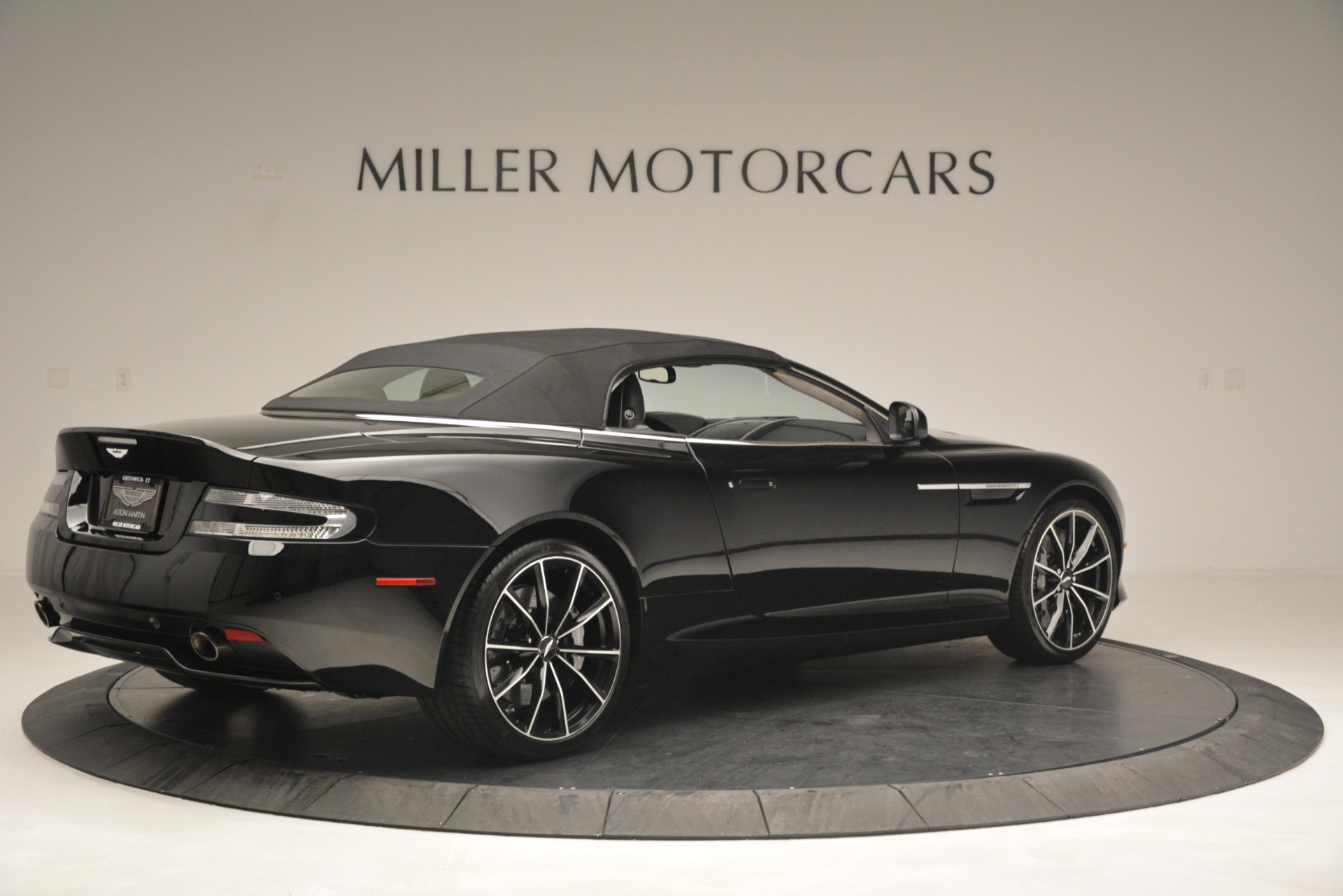 Used 2016 Aston Martin DB9 Convertible For Sale In Greenwich, CT 2971_p30