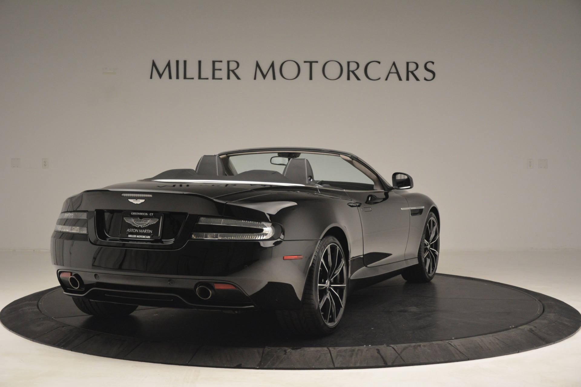 Used 2016 Aston Martin DB9 Convertible For Sale In Greenwich, CT 2971_p7