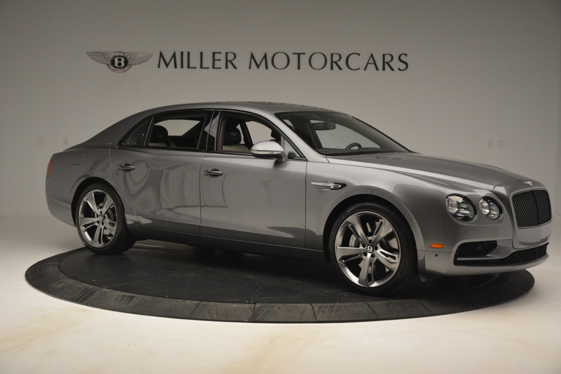 Used 2018 Bentley Flying Spur W12 S For Sale In Greenwich, CT 2973_p10