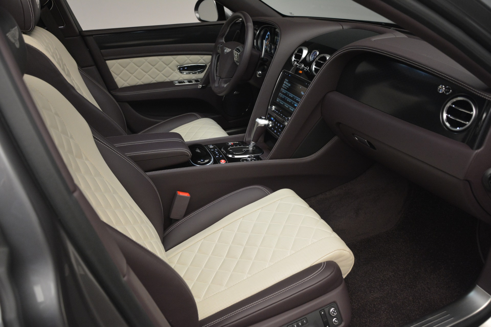 Used 2018 Bentley Flying Spur W12 S For Sale In Greenwich, CT 2973_p28
