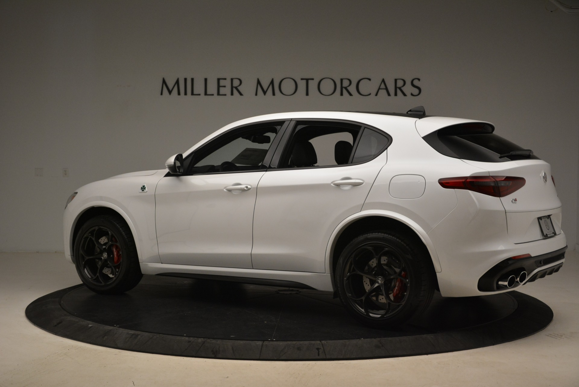Used 2019 Alfa Romeo Stelvio Quadrifoglio For Sale In Greenwich, CT 2977_p4