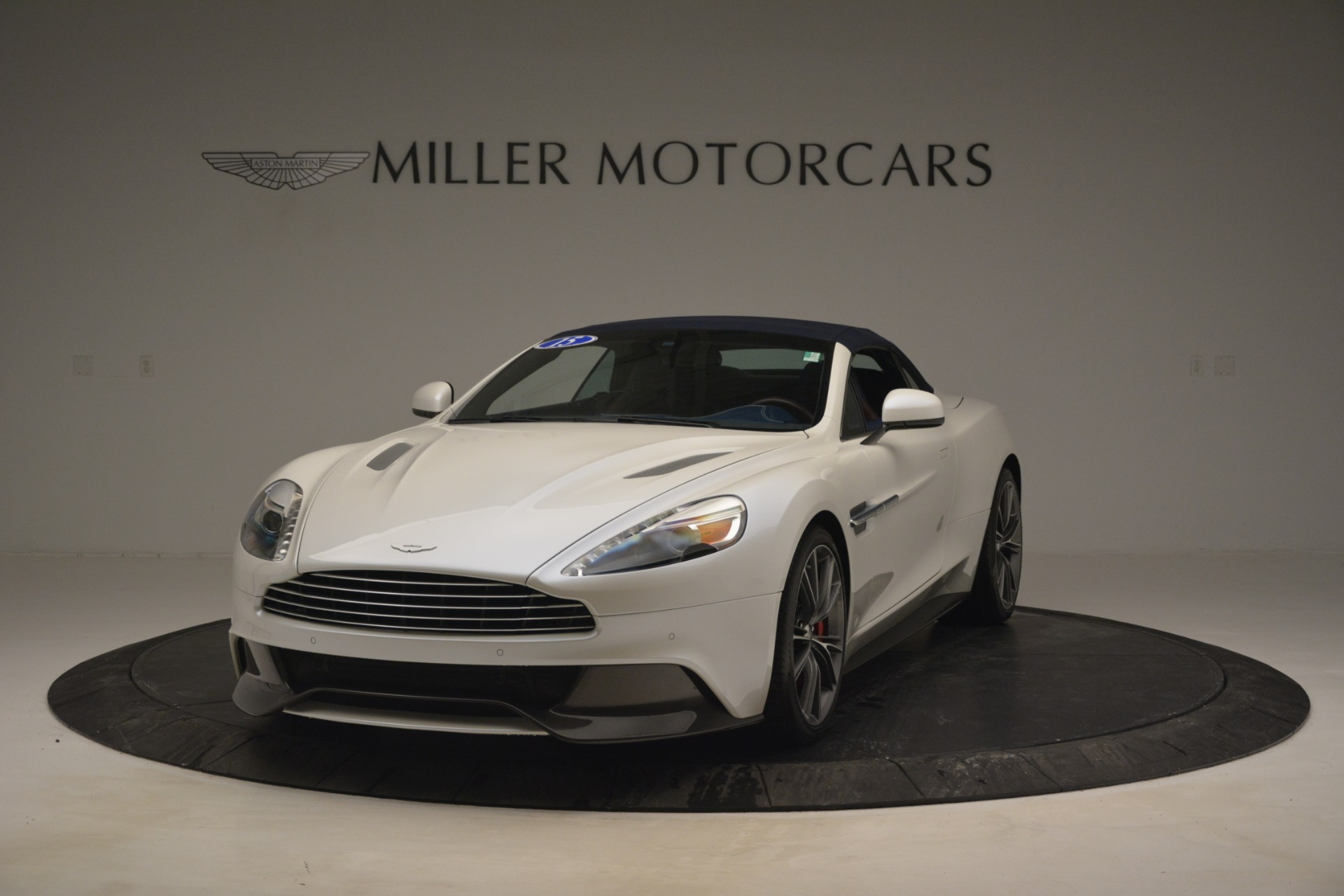 Used 2015 Aston Martin Vanquish Convertible For Sale In Greenwich, CT 2982_p14