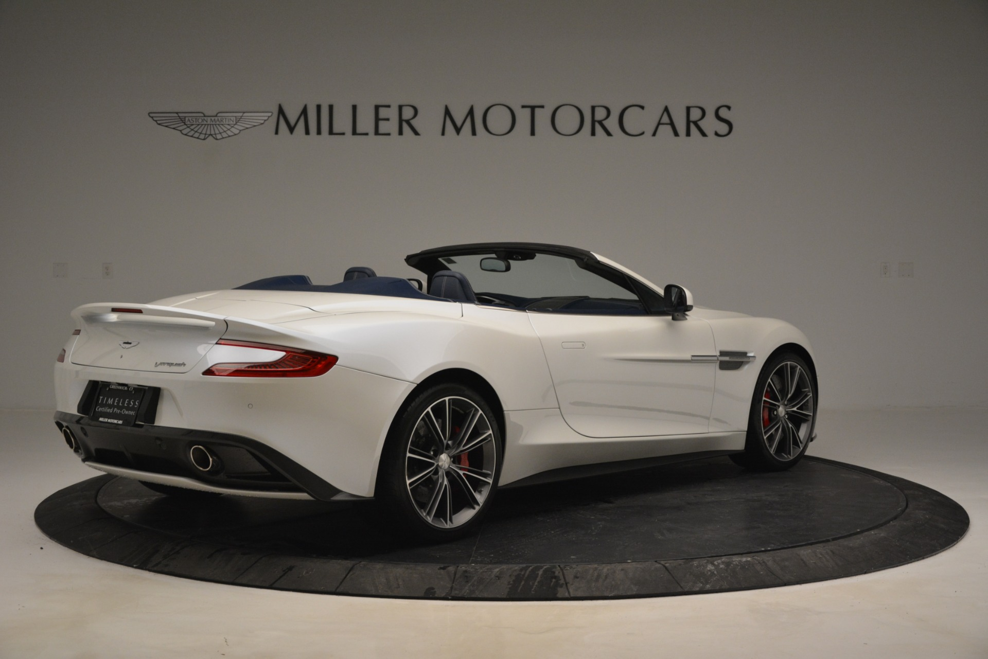 Used 2015 Aston Martin Vanquish Convertible For Sale In Greenwich, CT 2982_p8
