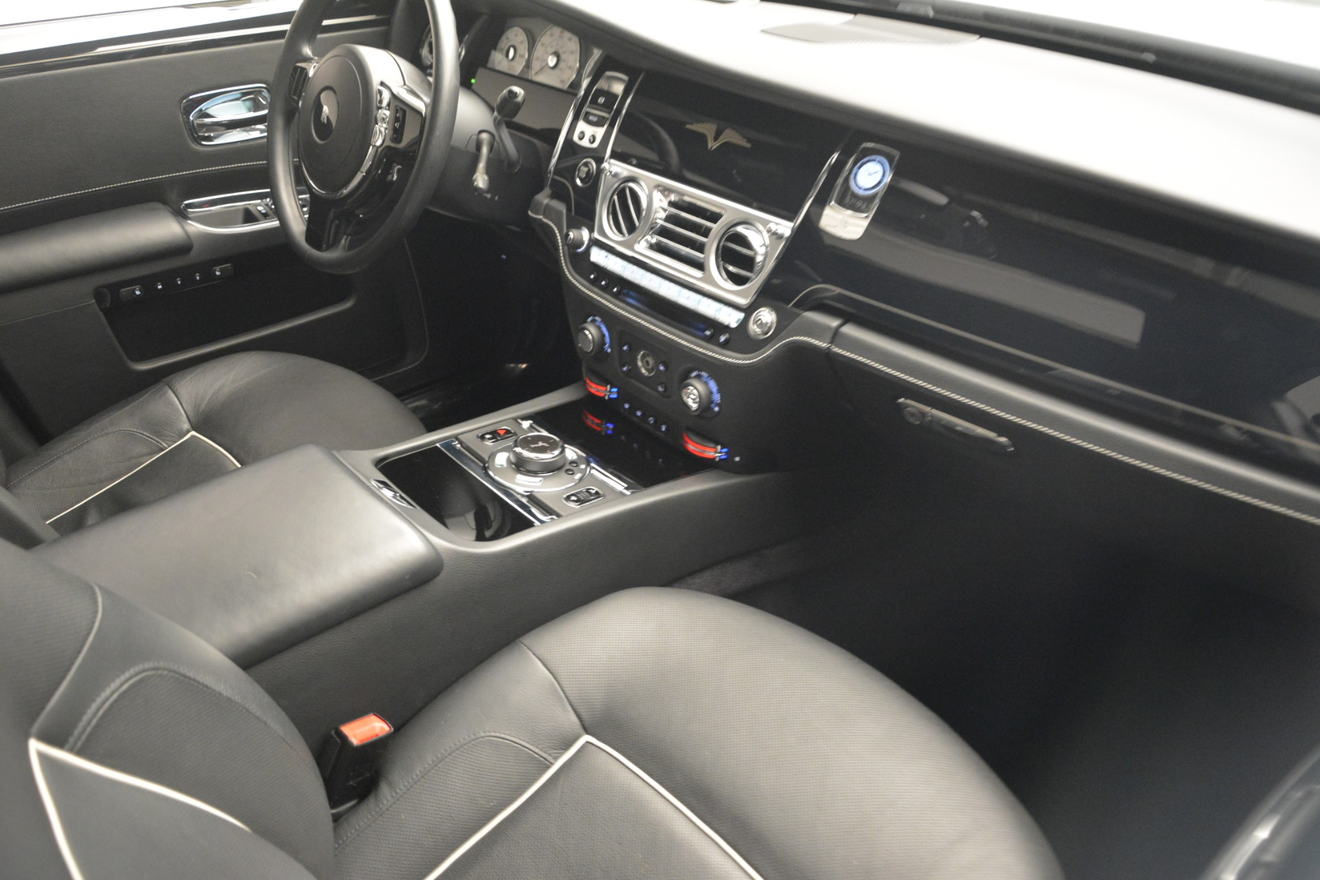 Used 2014 Rolls-Royce Ghost V-Spec For Sale In Greenwich, CT 2989_p29