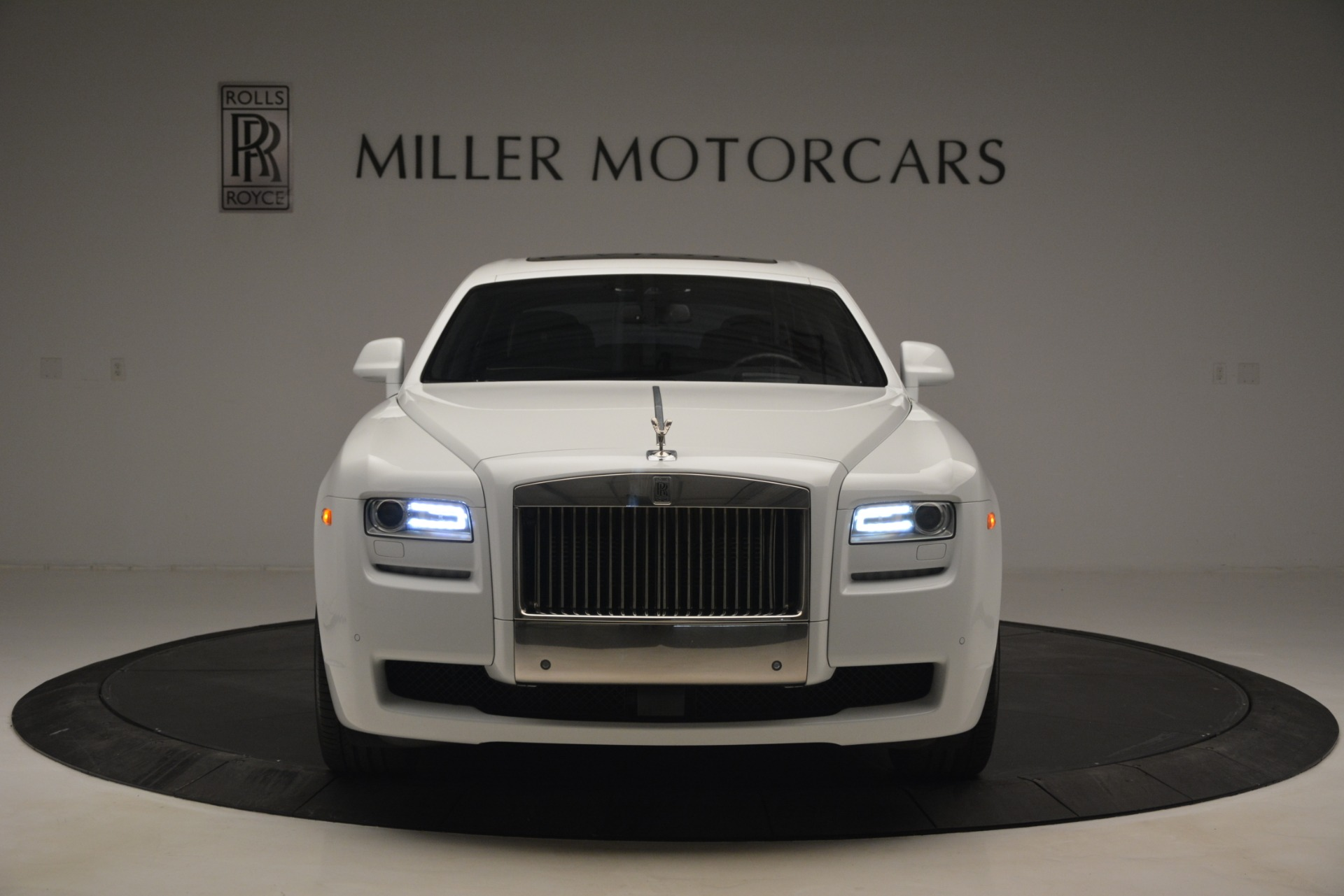 Used 2014 Rolls-Royce Ghost V-Spec For Sale In Greenwich, CT 2989_p2