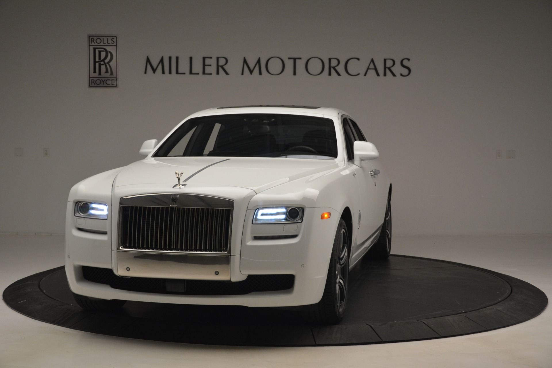 Used 2014 Rolls-Royce Ghost V-Spec For Sale In Greenwich, CT 2989_p3