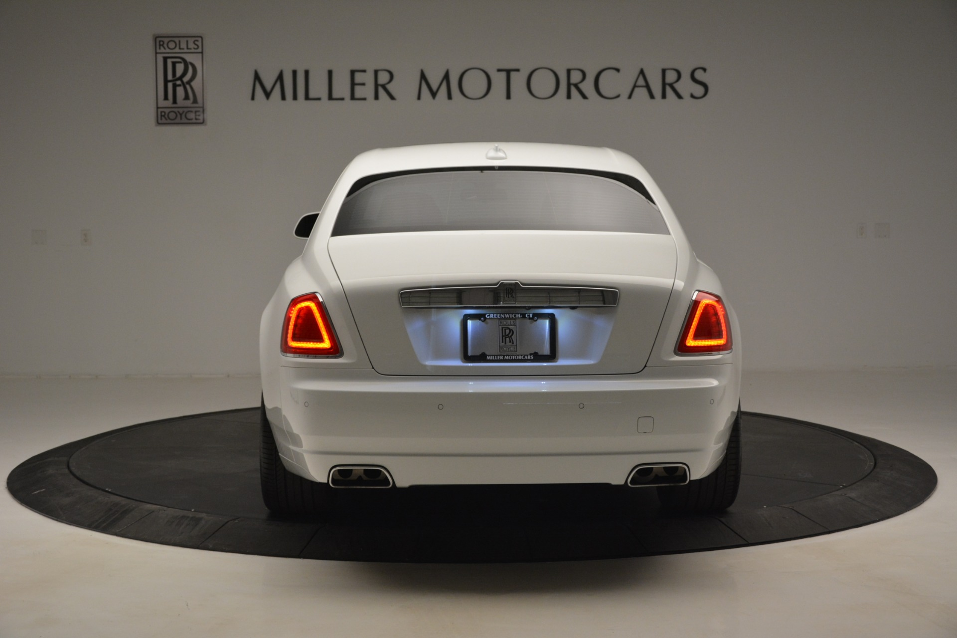 Used 2014 Rolls-Royce Ghost V-Spec For Sale In Greenwich, CT 2989_p7