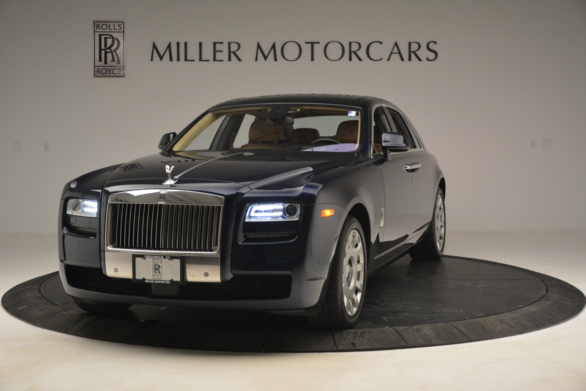 Used 2014 Rolls-Royce Ghost  For Sale In Greenwich, CT 2990_main