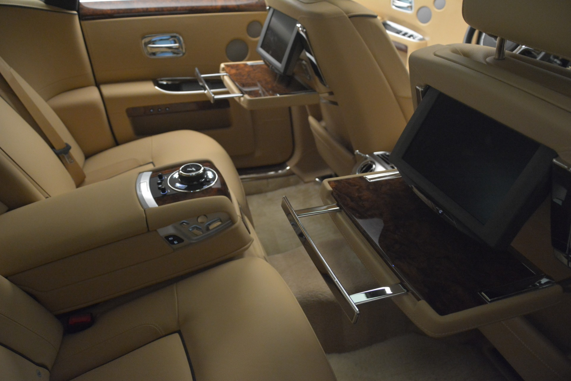 Used 2014 Rolls-Royce Ghost  For Sale In Greenwich, CT 2990_p22