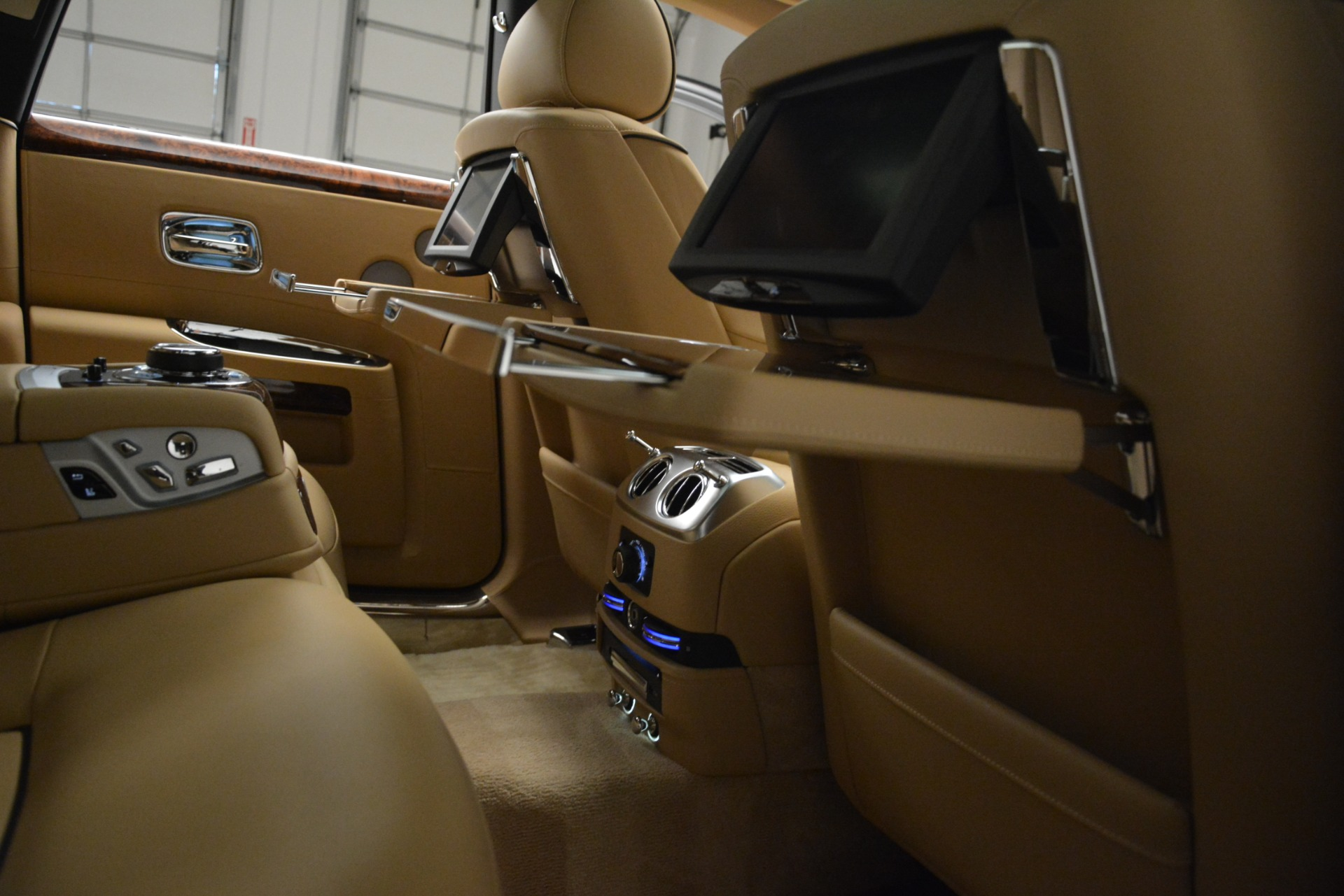 Used 2014 Rolls-Royce Ghost  For Sale In Greenwich, CT 2990_p23