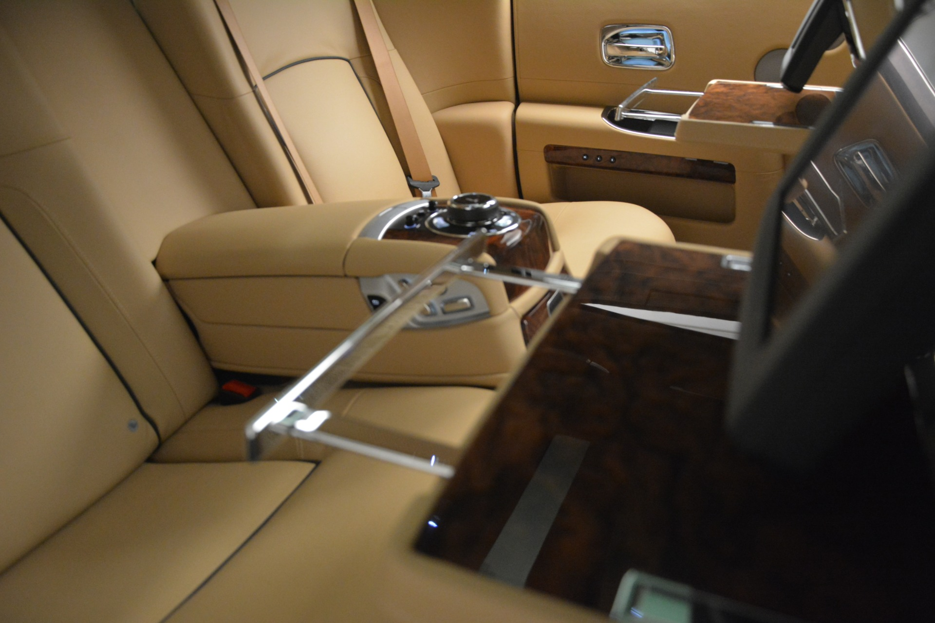 Used 2014 Rolls-Royce Ghost  For Sale In Greenwich, CT 2990_p24