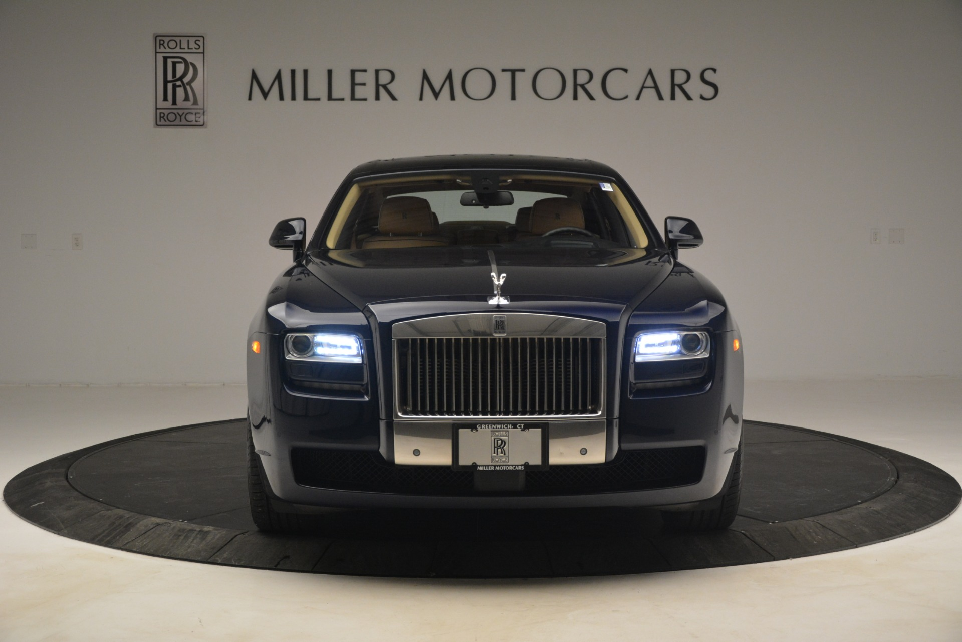 Used 2014 Rolls-Royce Ghost  For Sale In Greenwich, CT 2990_p2