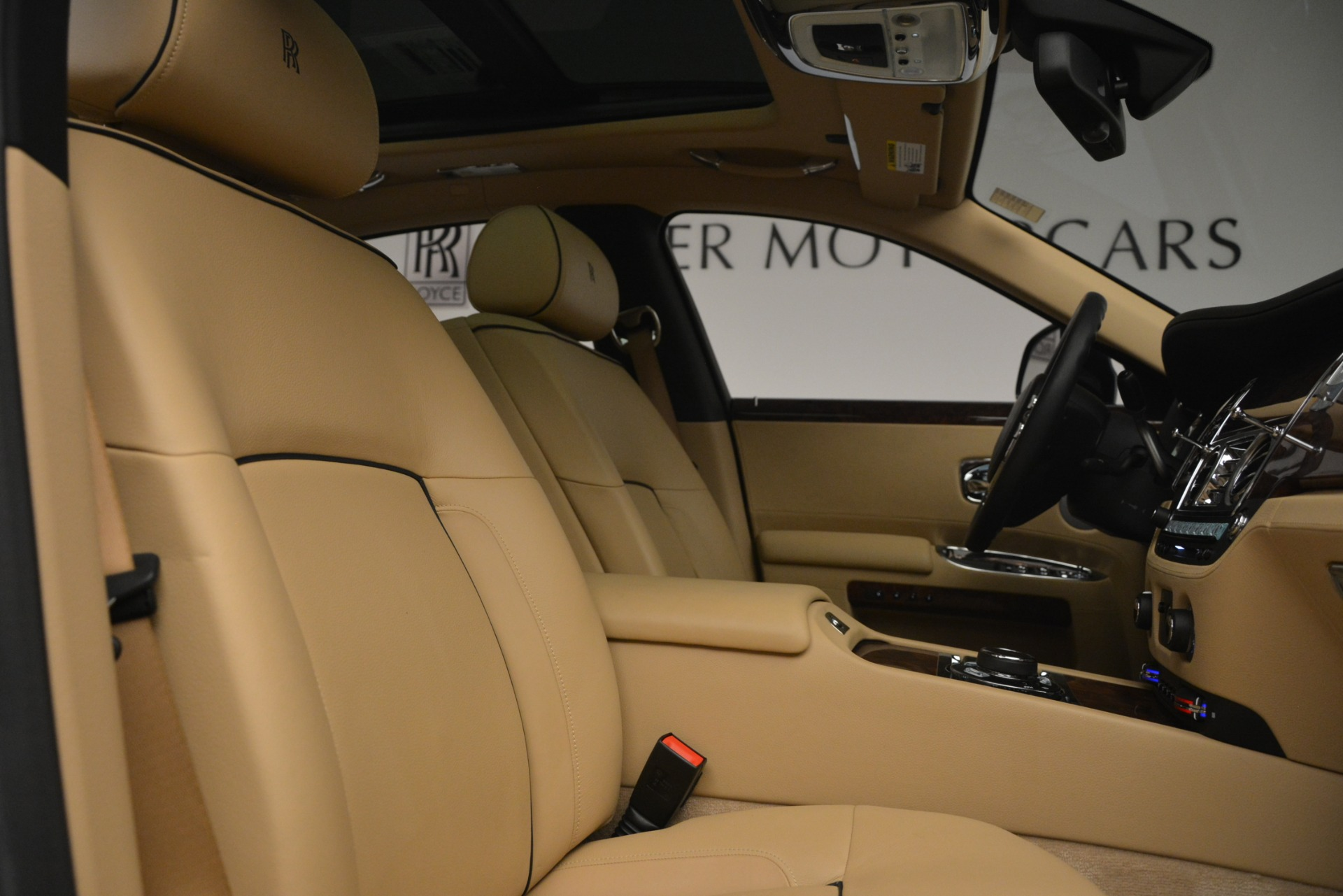 Used 2014 Rolls-Royce Ghost  For Sale In Greenwich, CT 2990_p34