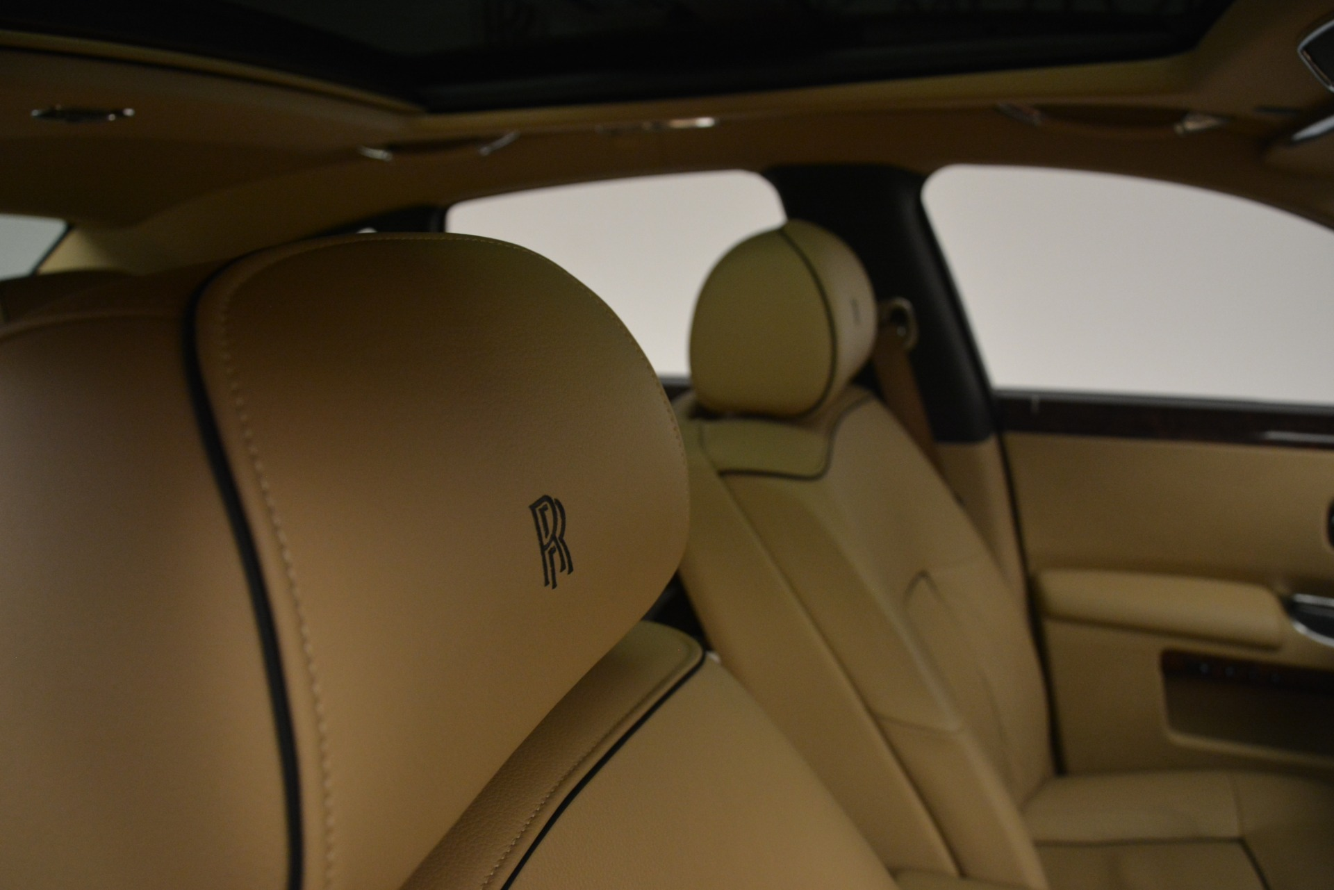Used 2014 Rolls-Royce Ghost  For Sale In Greenwich, CT 2990_p35