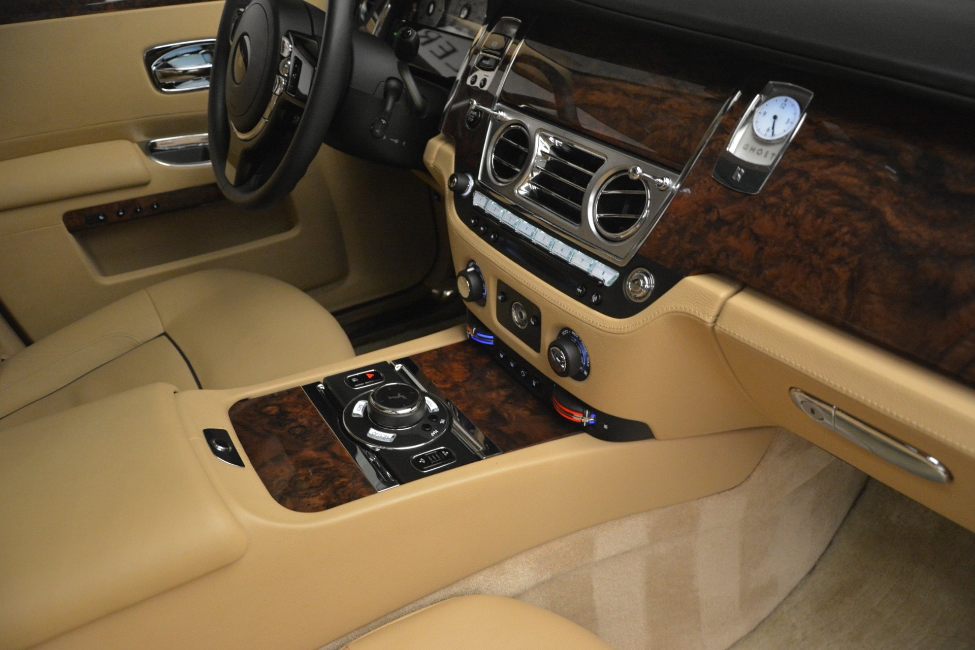 Used 2014 Rolls-Royce Ghost  For Sale In Greenwich, CT 2990_p36