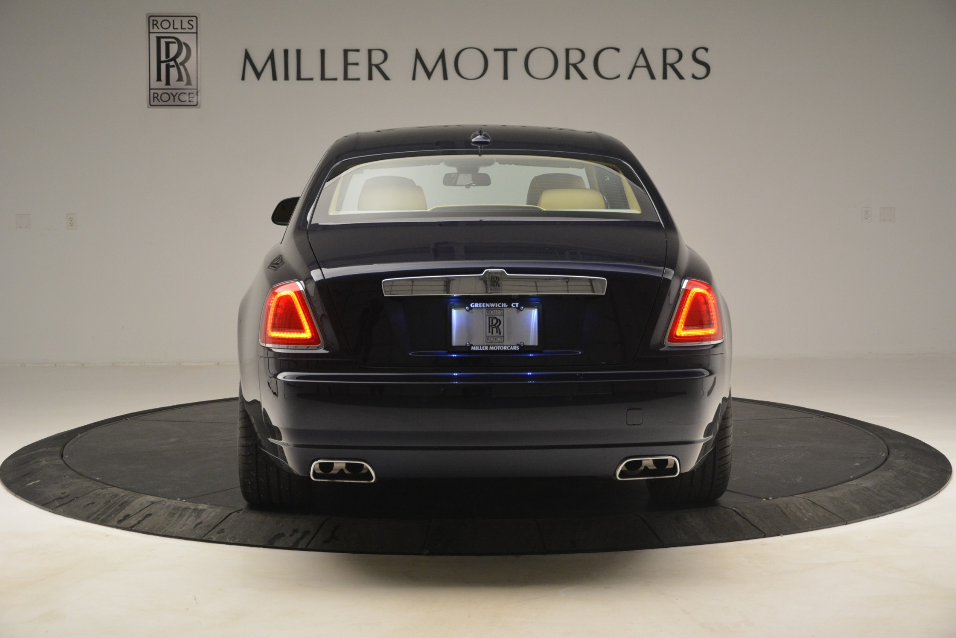 Used 2014 Rolls-Royce Ghost  For Sale In Greenwich, CT 2990_p6