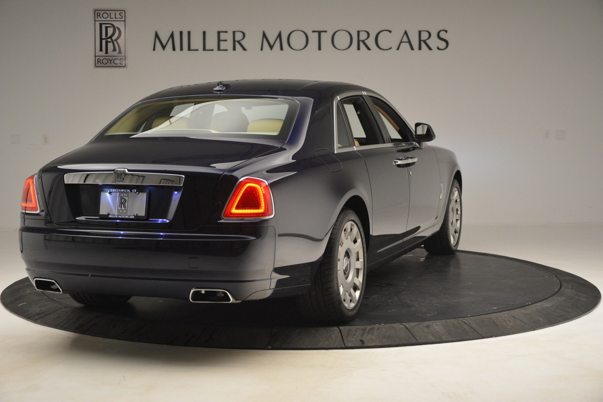 Used 2014 Rolls-Royce Ghost  For Sale In Greenwich, CT 2990_p7