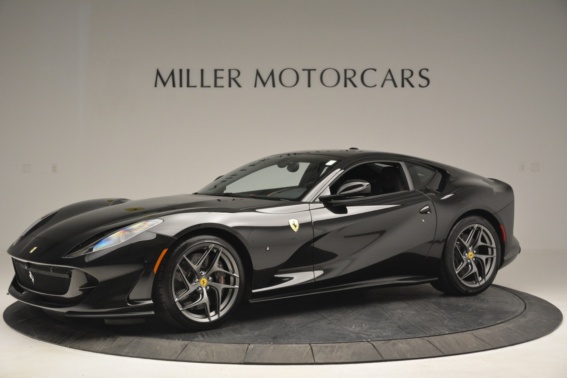 Used 2018 Ferrari 812 Superfast  For Sale In Greenwich, CT 2992_p2