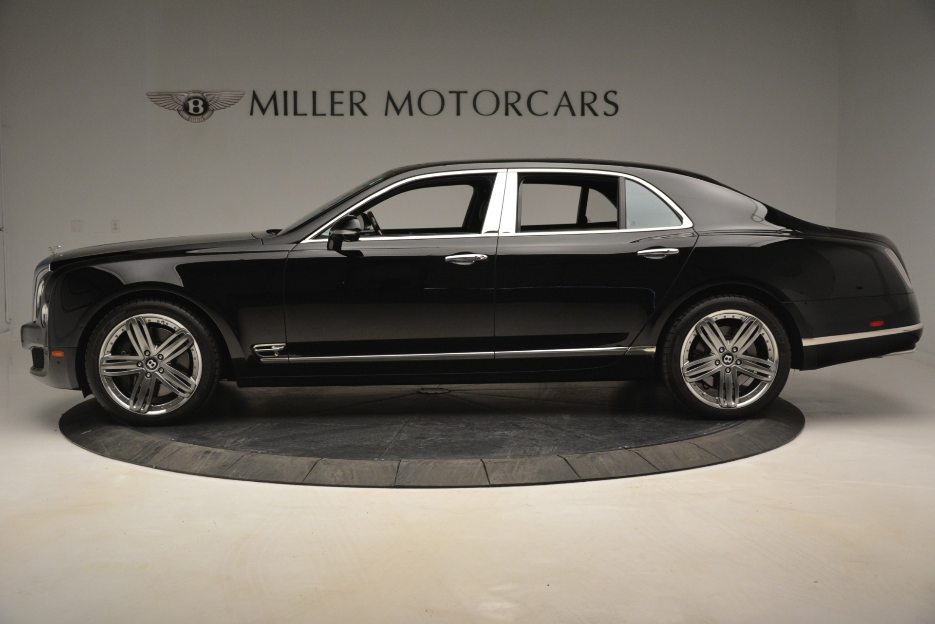 Used 2013 Bentley Mulsanne Le Mans Edition For Sale In Greenwich, CT 2995_p3