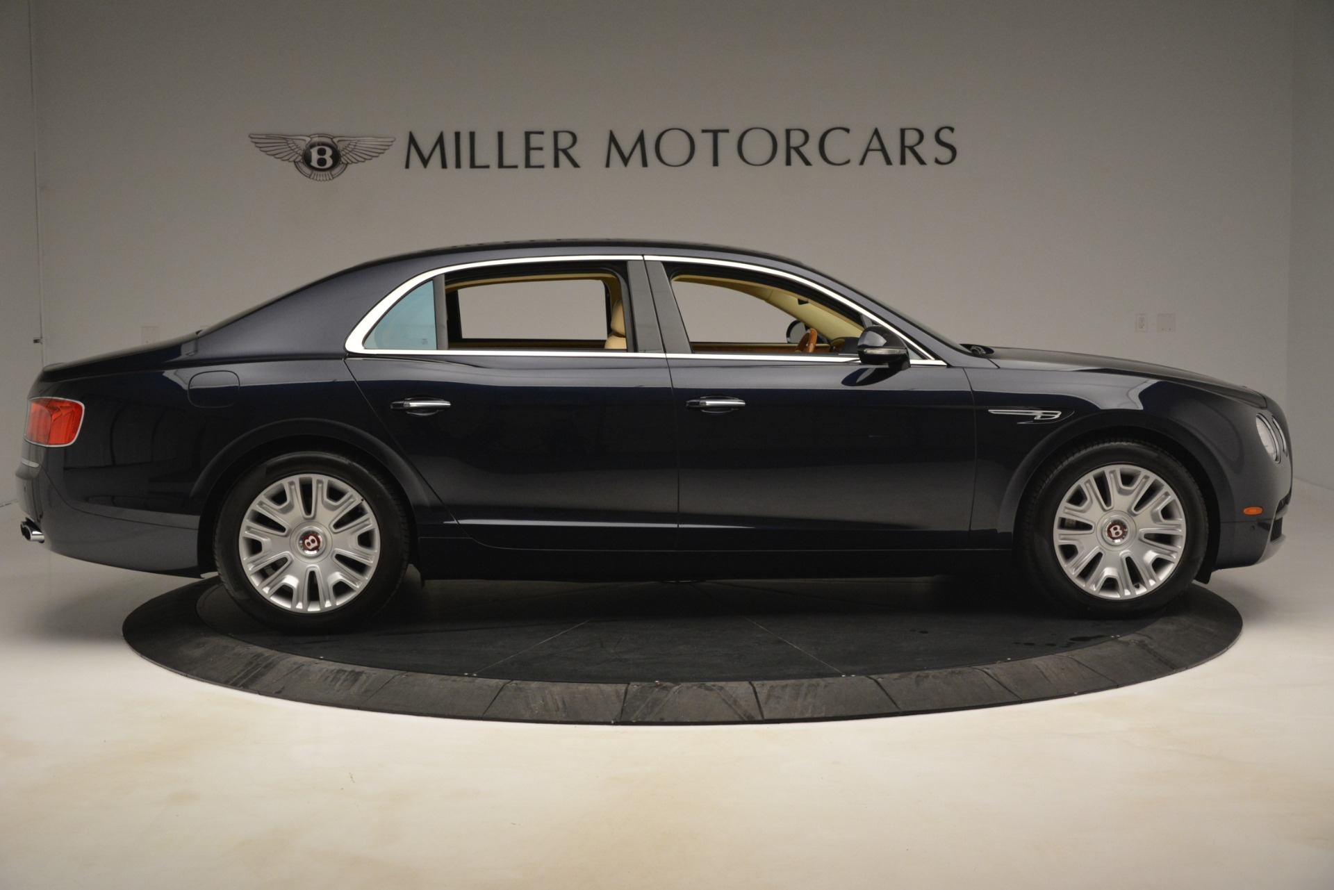 Used 2015 Bentley Flying Spur V8 For Sale In Greenwich, CT 2997_p8