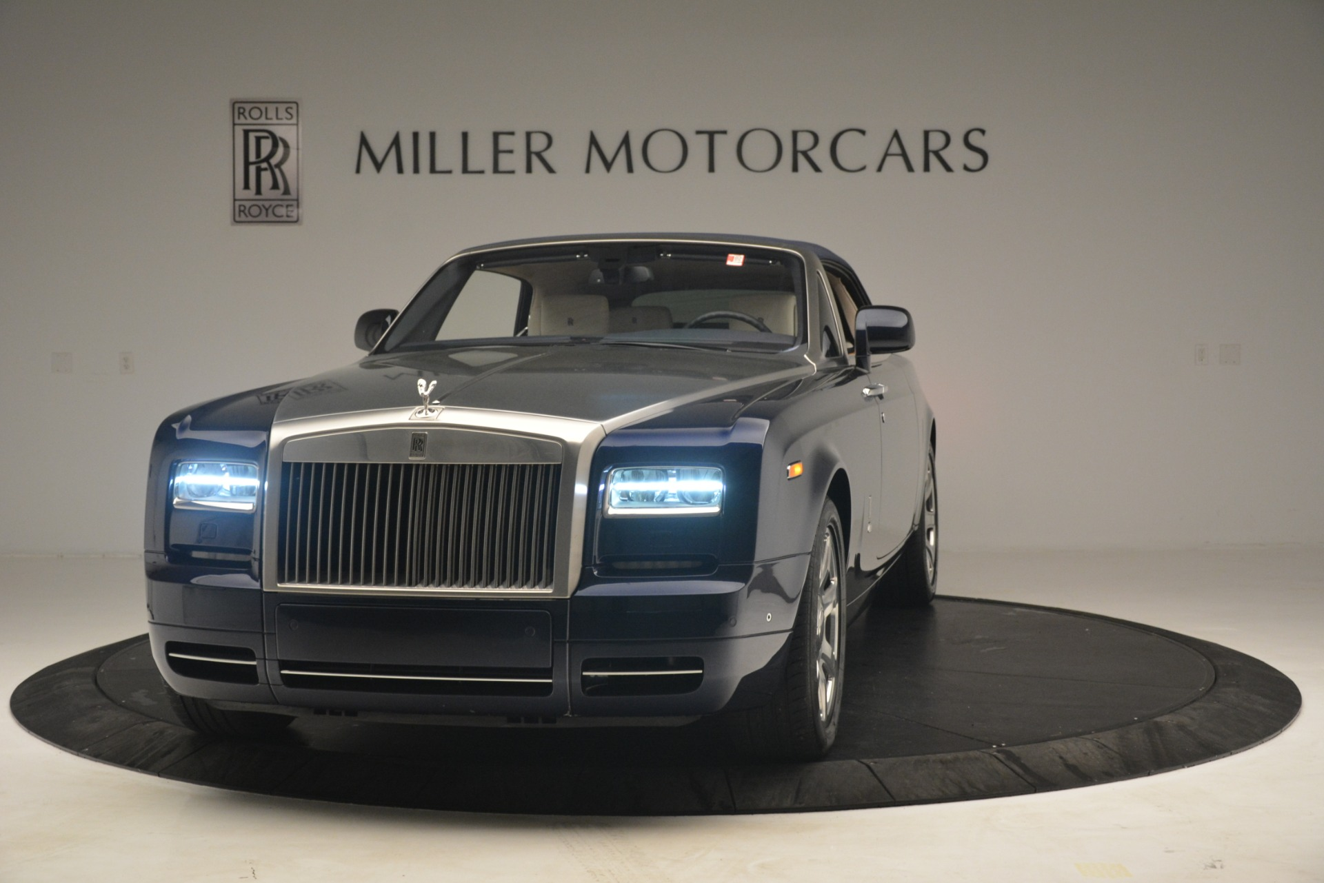 Used 2013 Rolls-Royce Phantom Drophead Coupe  For Sale In Greenwich, CT 2999_p16